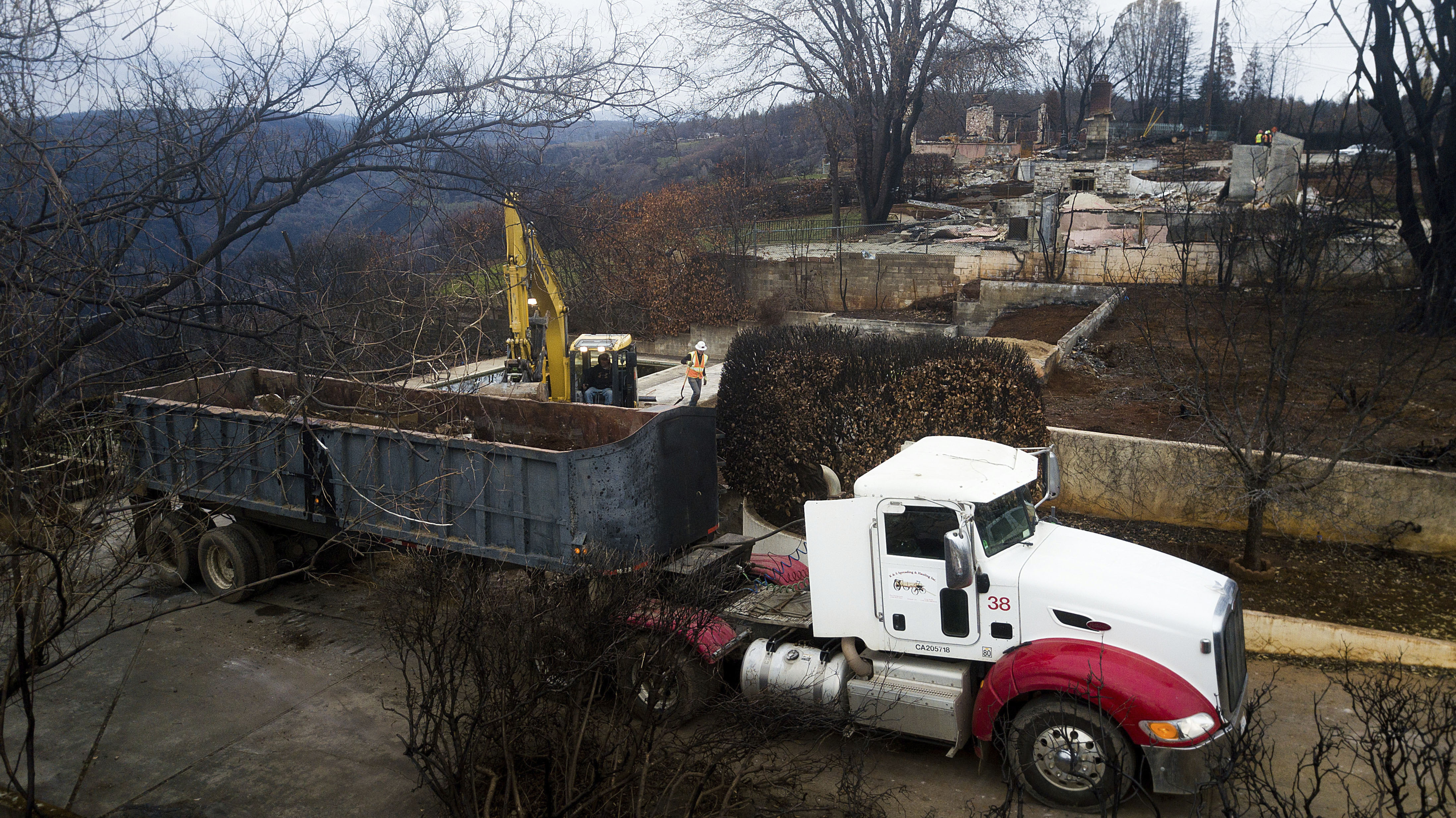 Federal government blasts PG&Es  deal with fire victims
