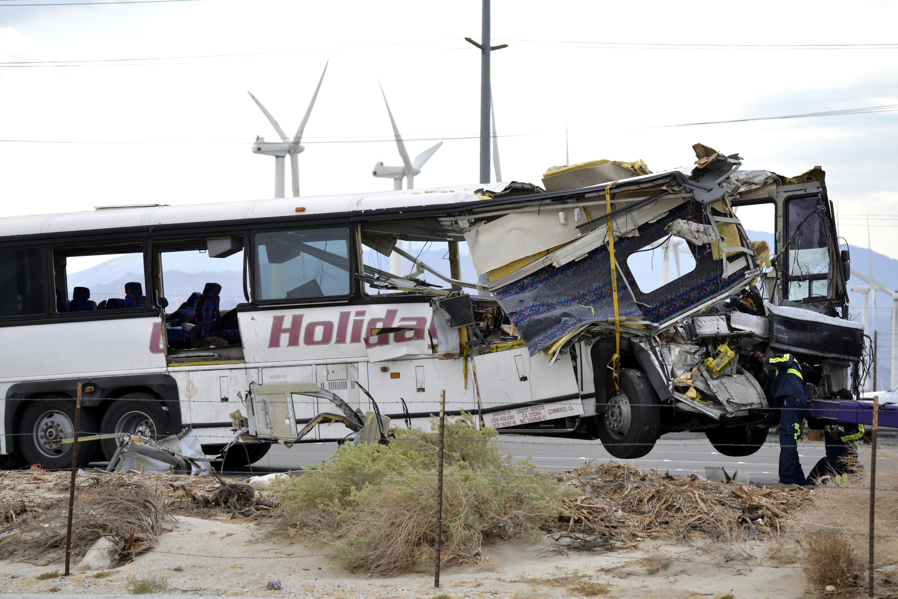 Trucker pleads guilty to California crash that killed 13