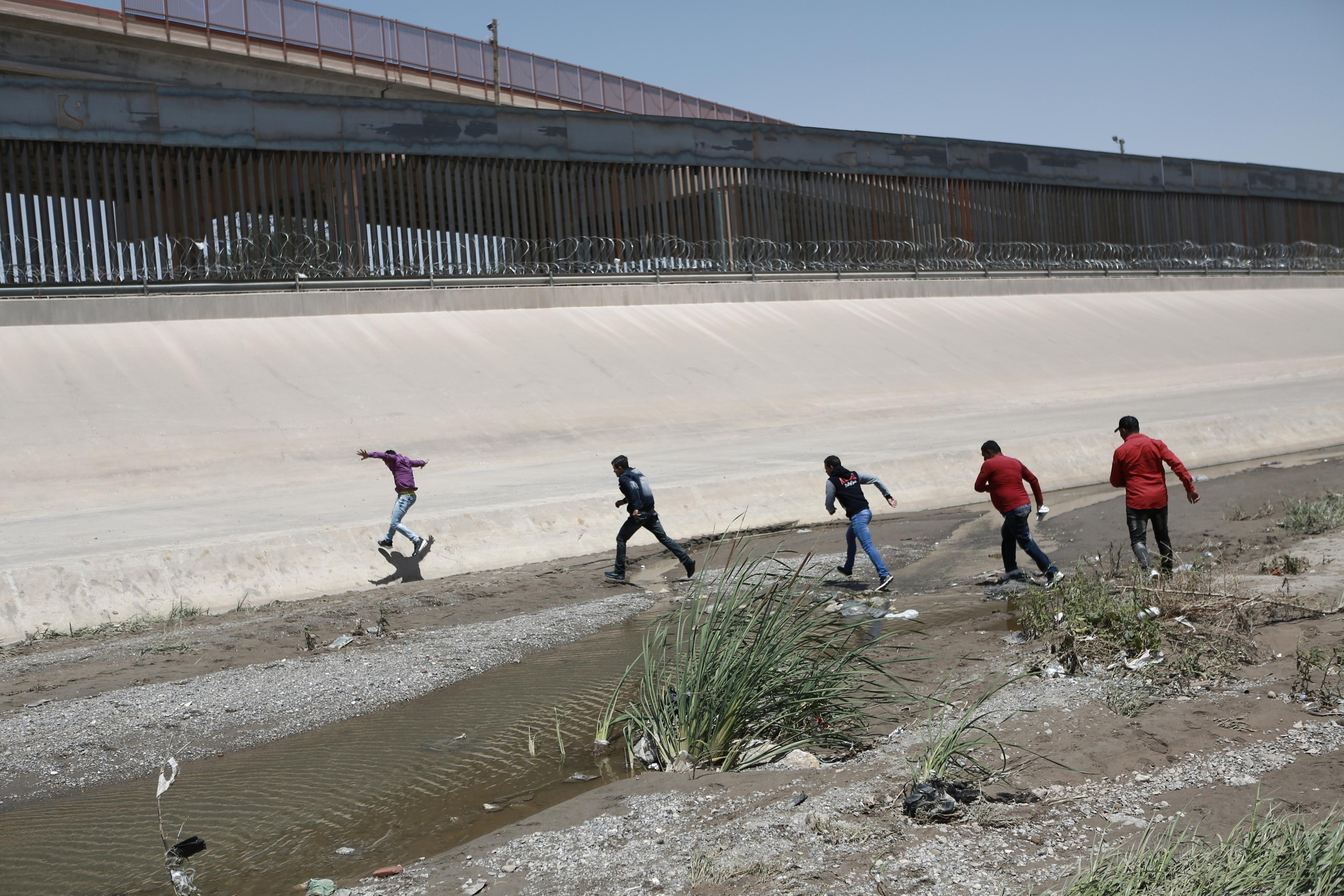 Before massacre, El Paso became a hot spot on Mexican border