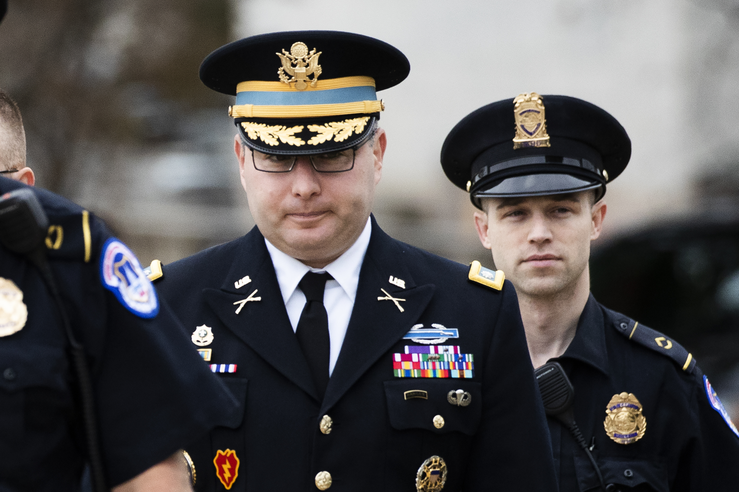 Army officer says he raised concerns about Trump and Ukraine