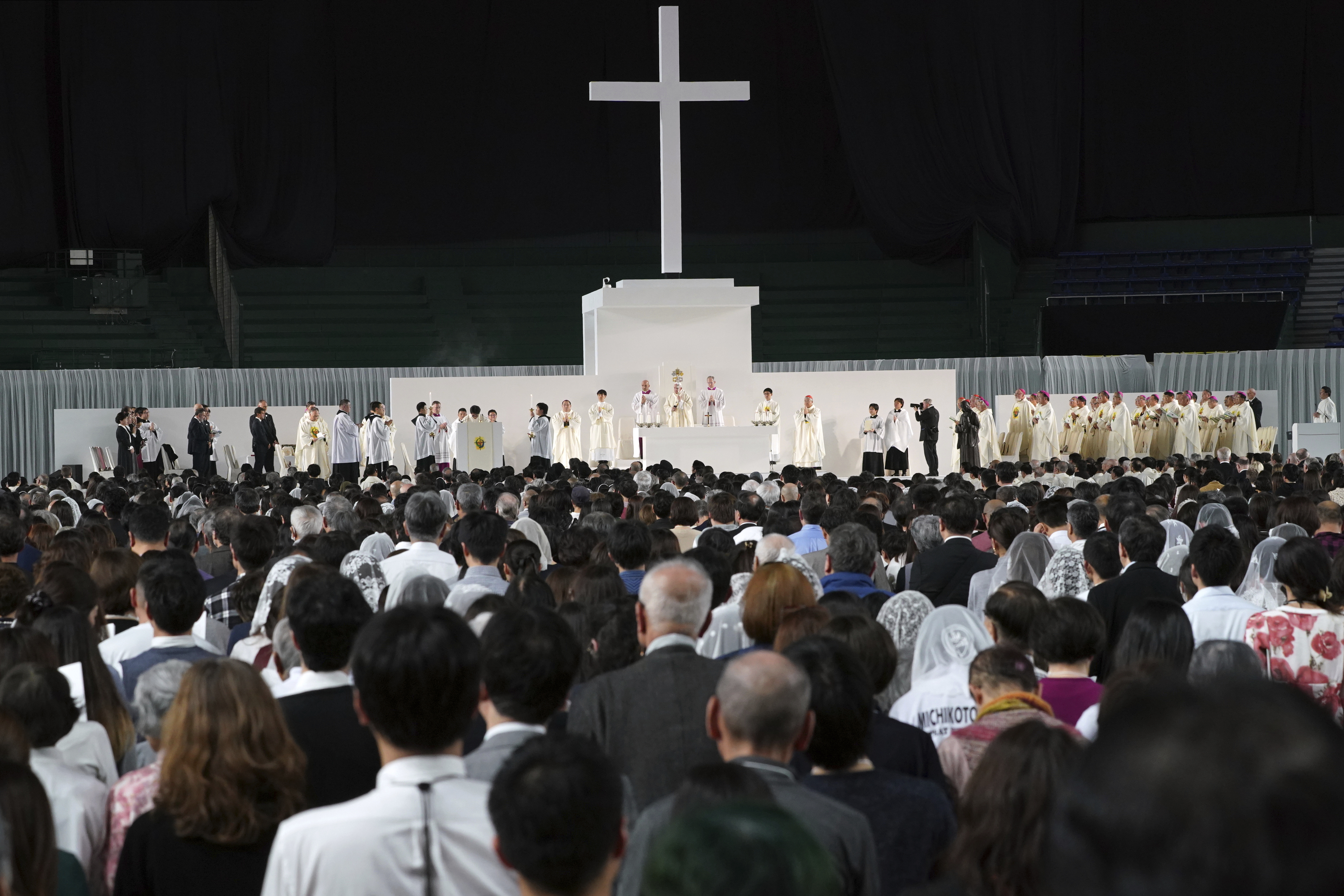 Japanese boxer formerly on death row attends pope's Mass