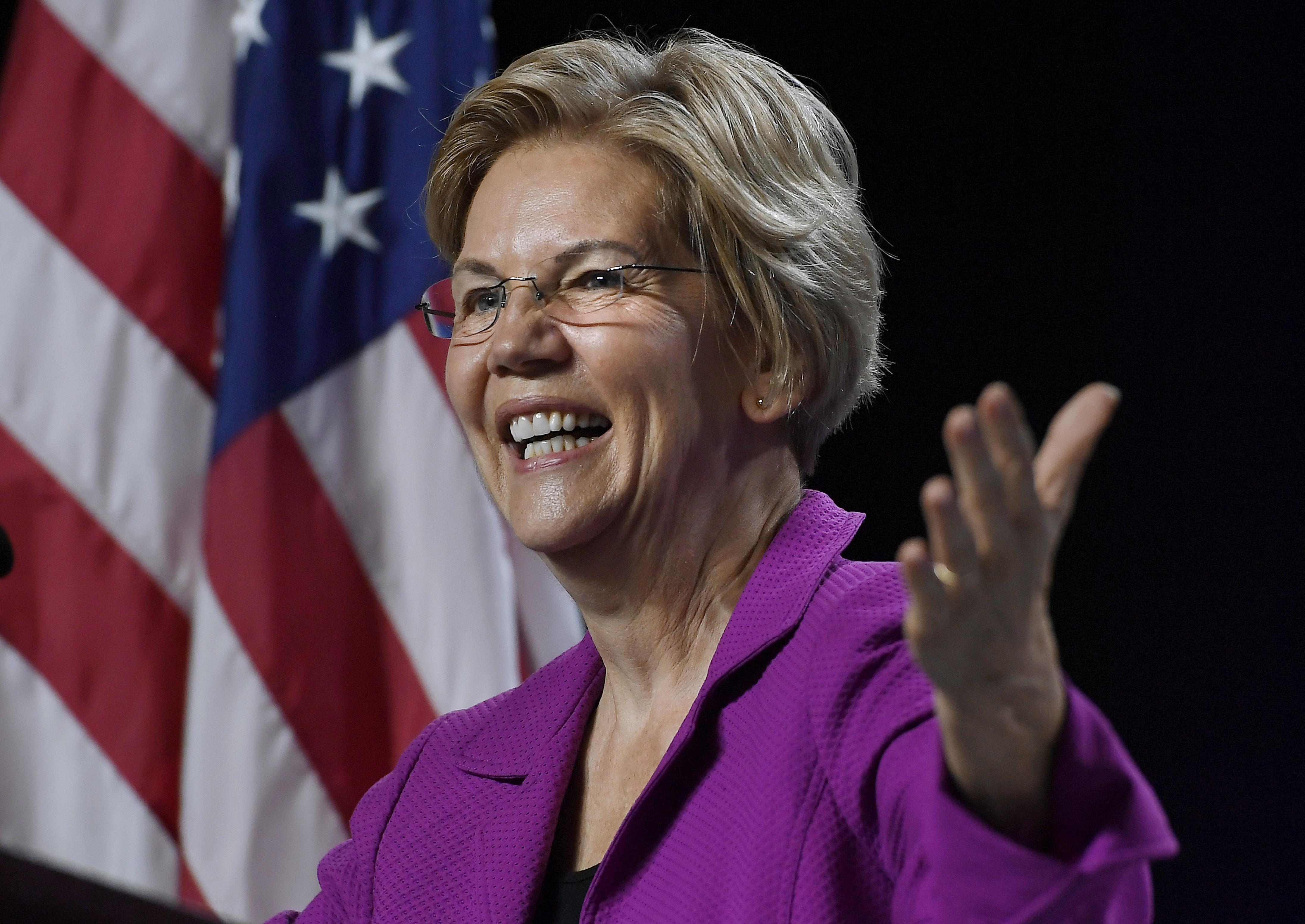 Elizabeth Warren nabs 2020 backing of Iowas state treasurer