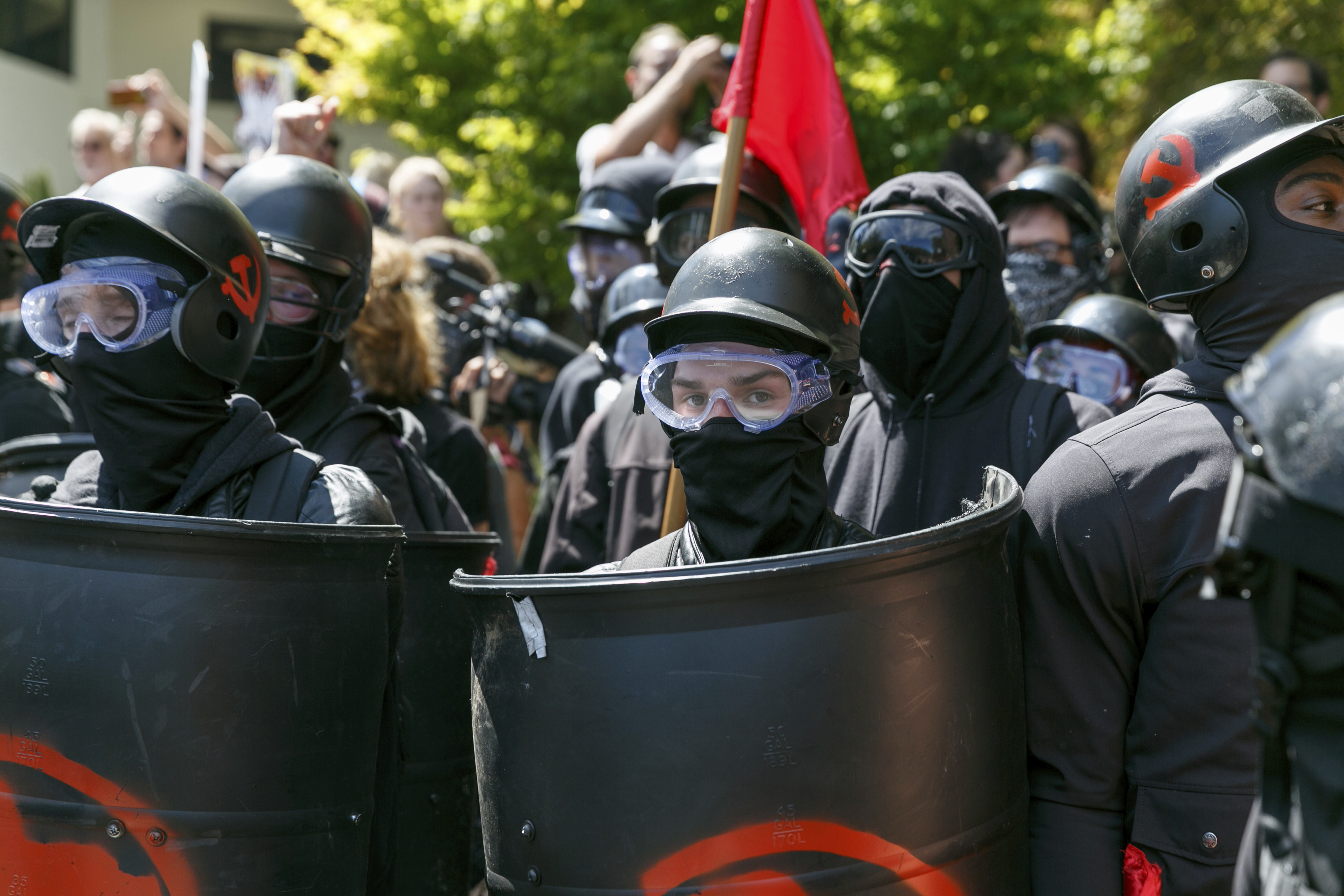 Risk of clashes at rally mobilizes Portland, Oregon, police
