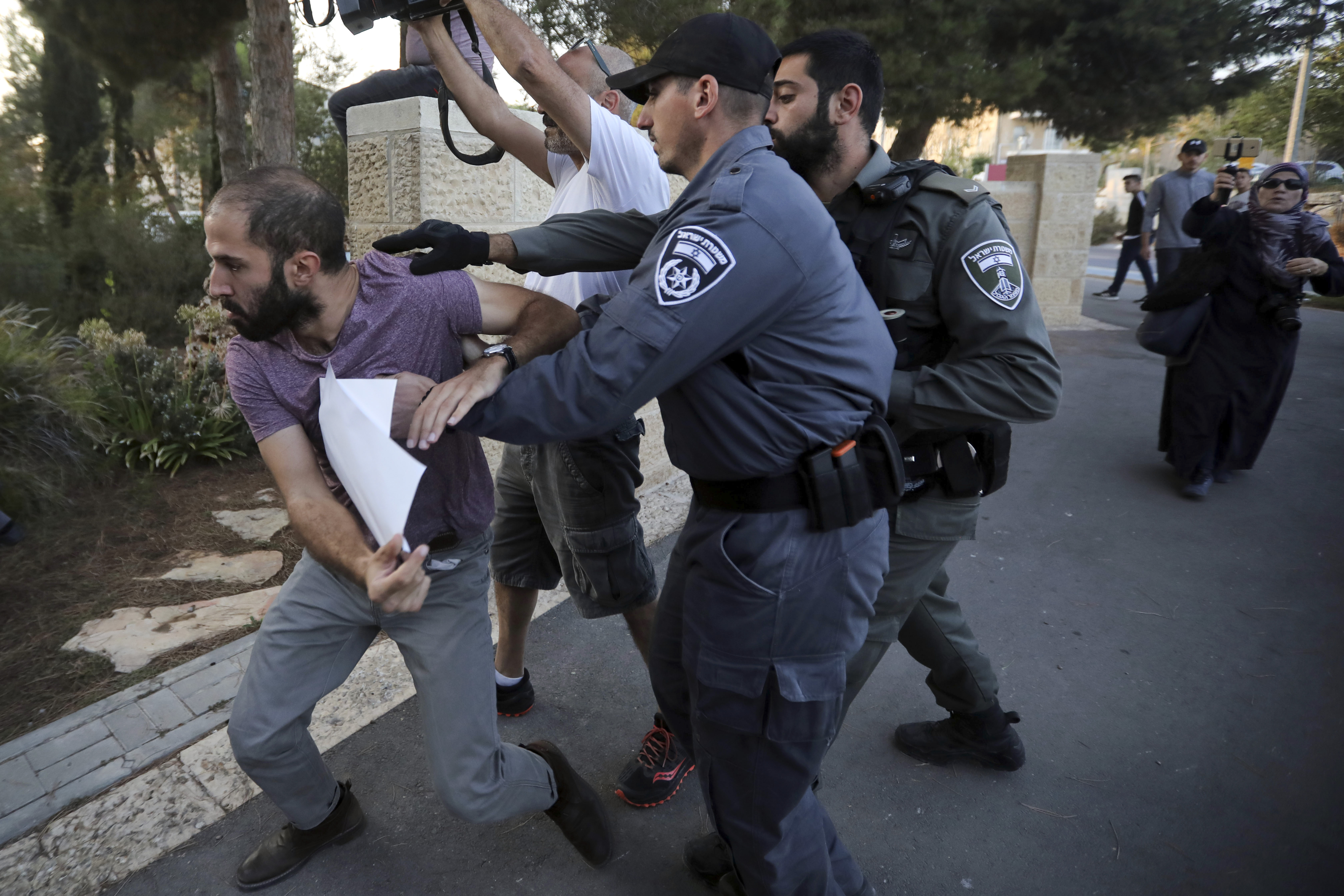 Israel accused of torturing Palestinians after fatal bombing