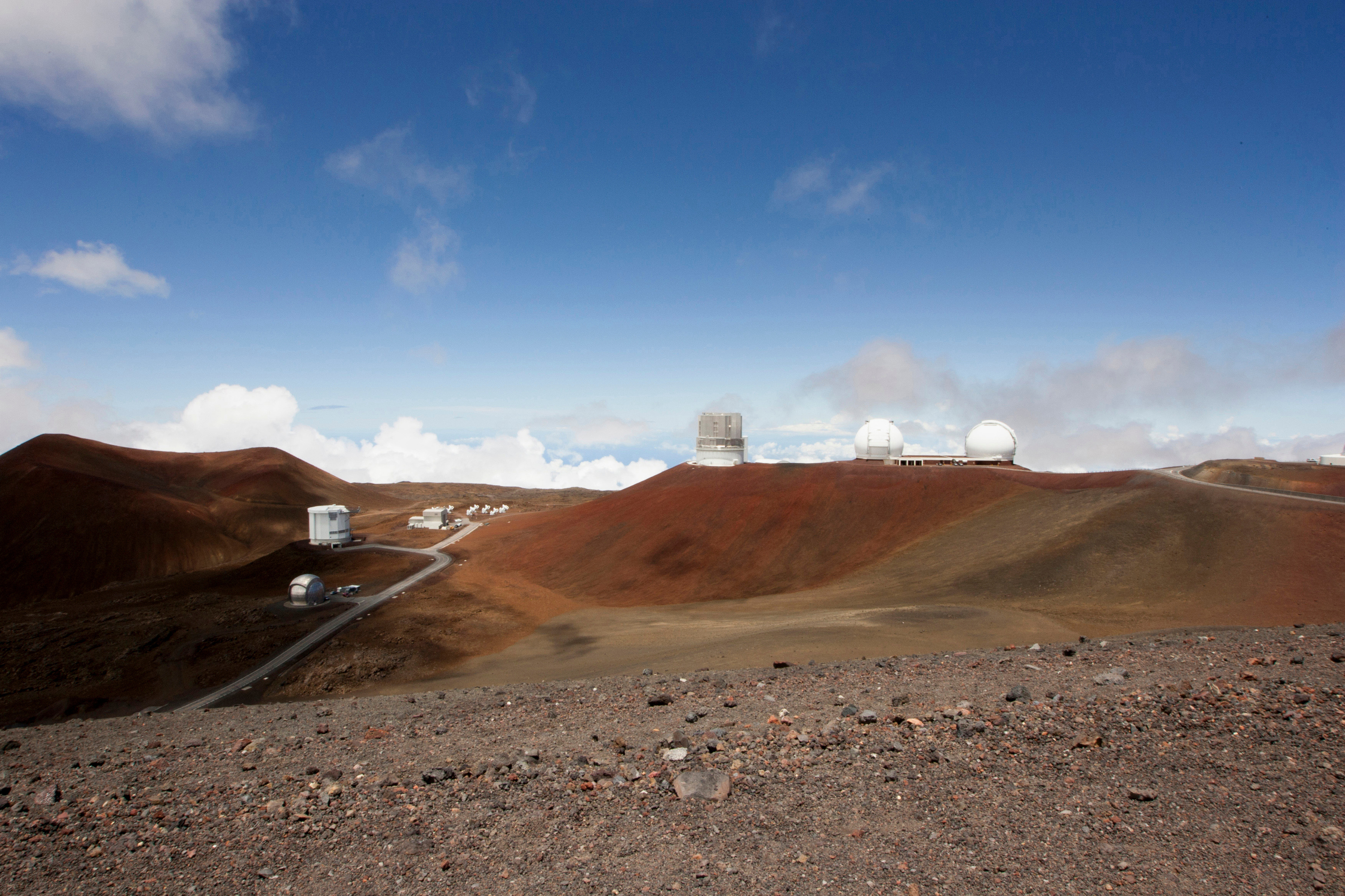 Hawaiian activists prepare for Mauna Kea telescope convoys