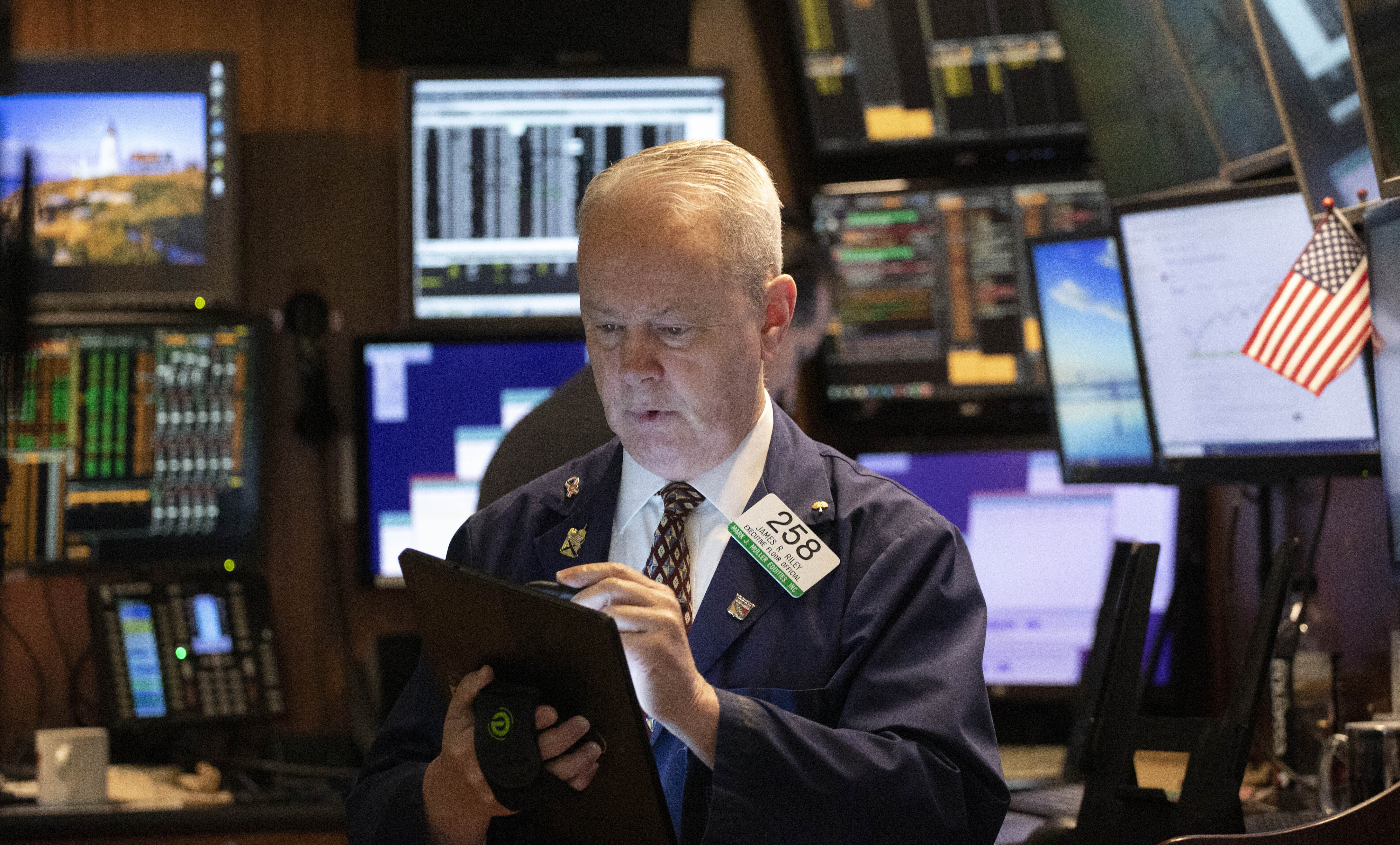 Oil up, stocks down after Iran missile attack on US troops