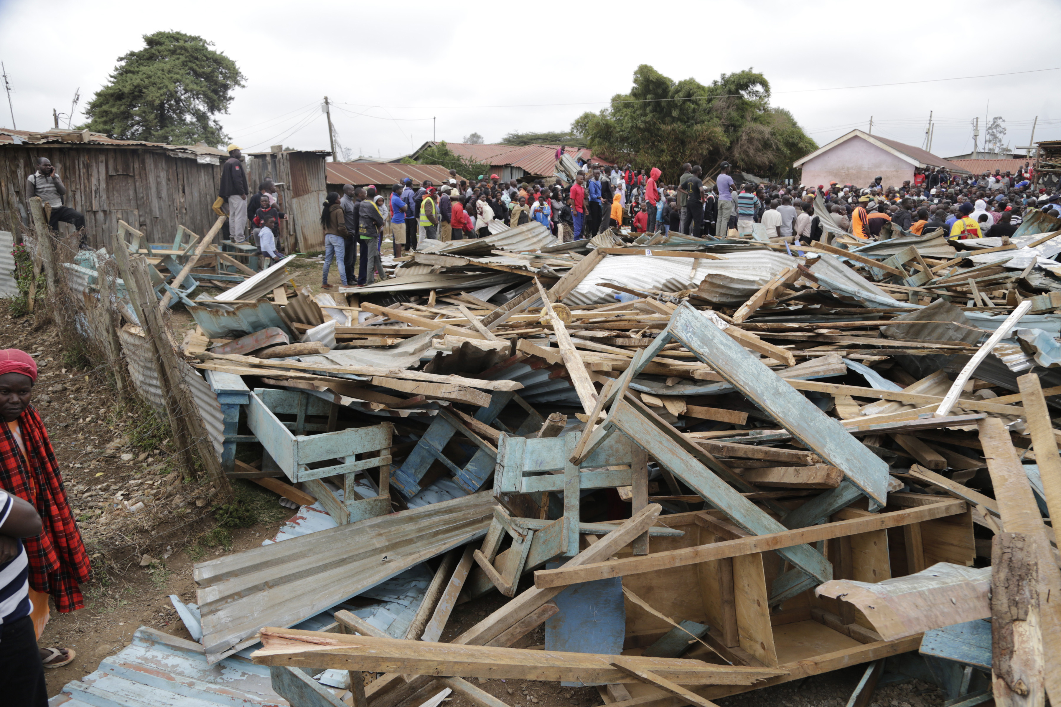 At least 7 killed as school collapses in Kenyas capital