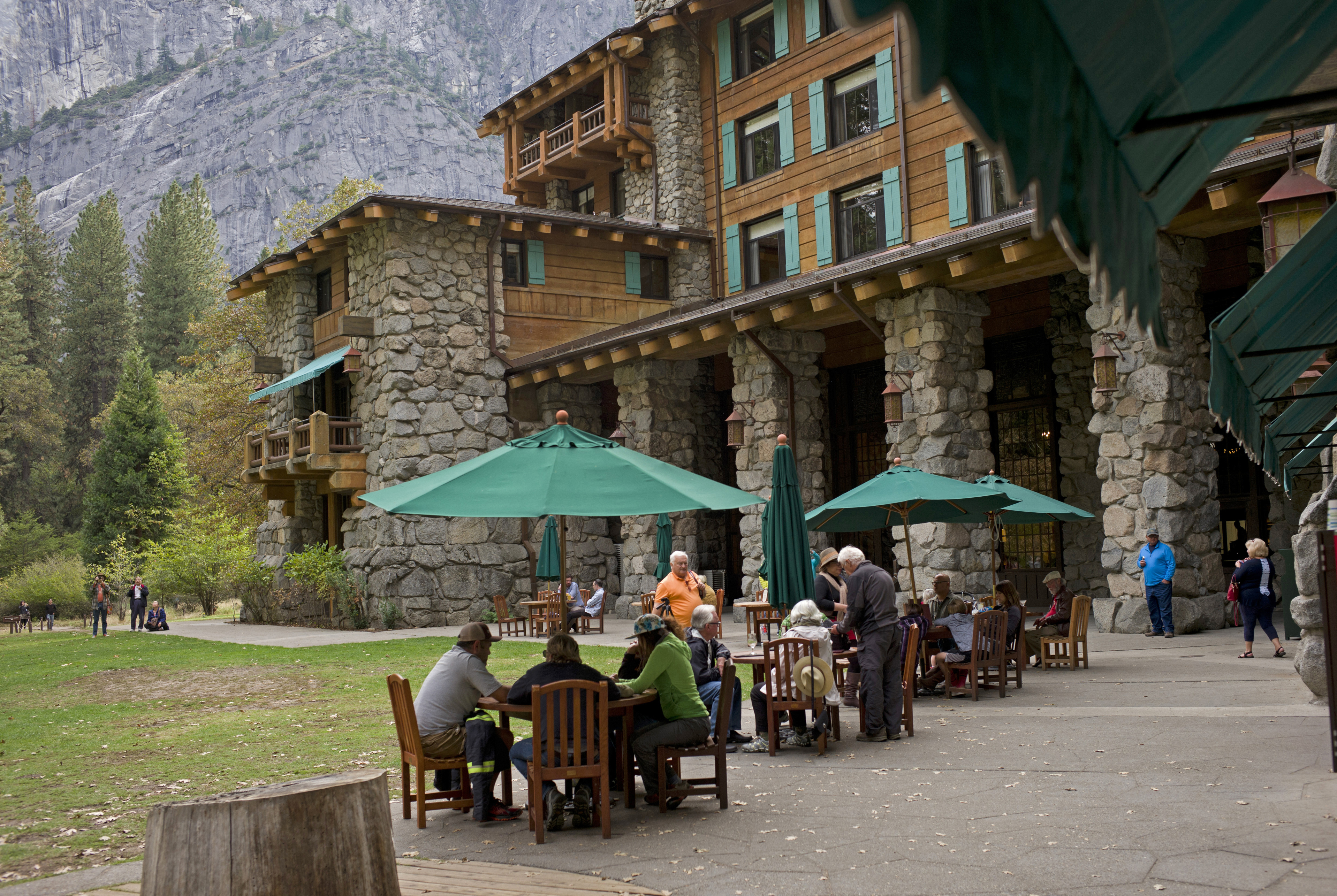 Stomach illness outbreak at Yosemite prompts major clean-up