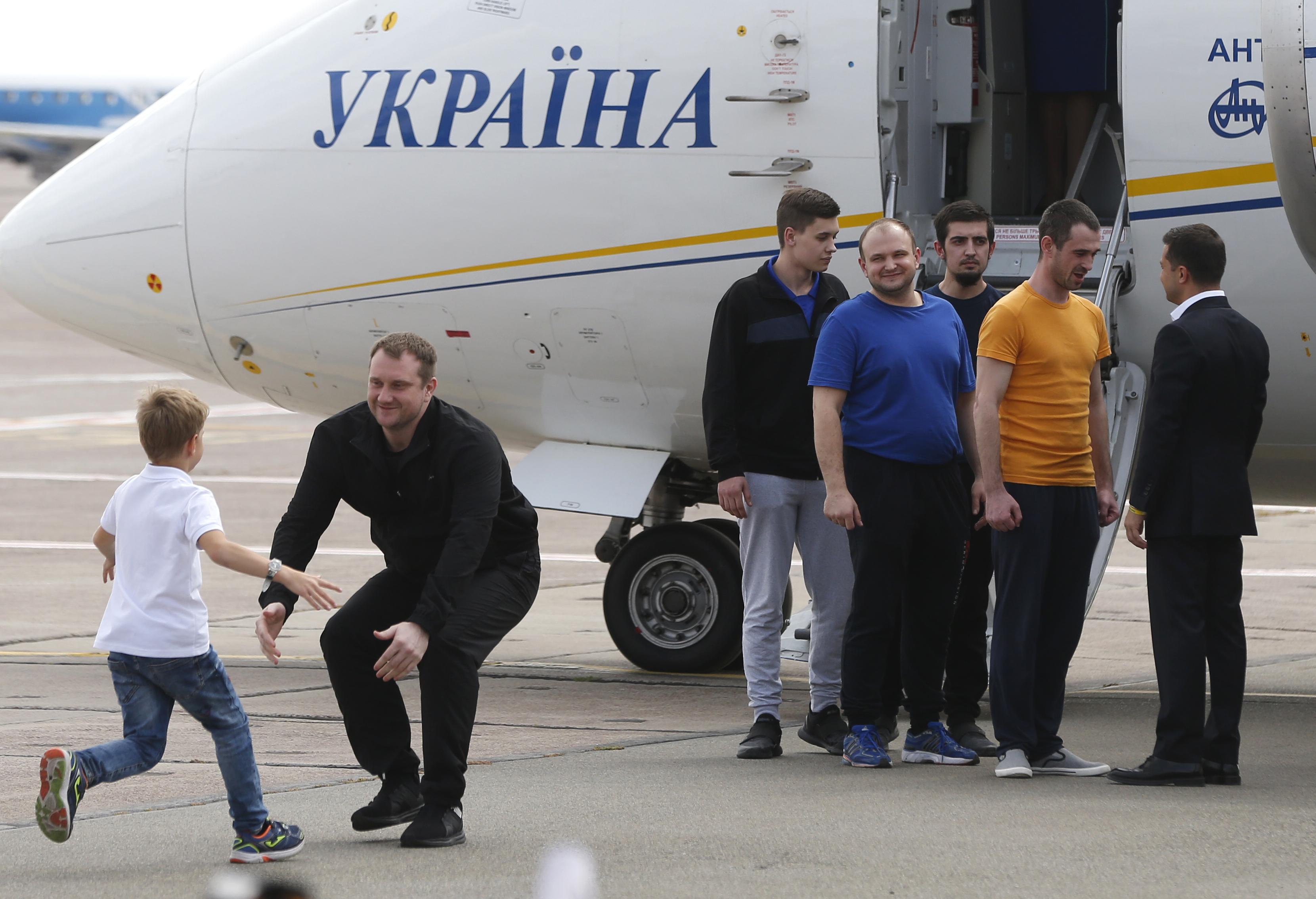 The Latest: Trump applauds Ukraine-Russia prisoner trade