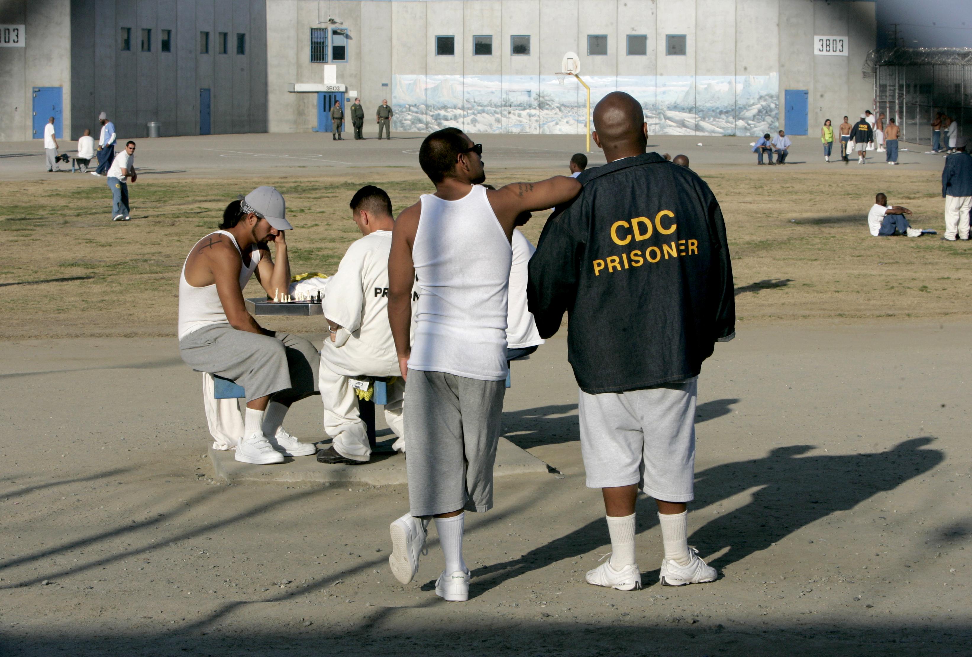 APNewsBreak: California halts prison gang peacemaking effort
