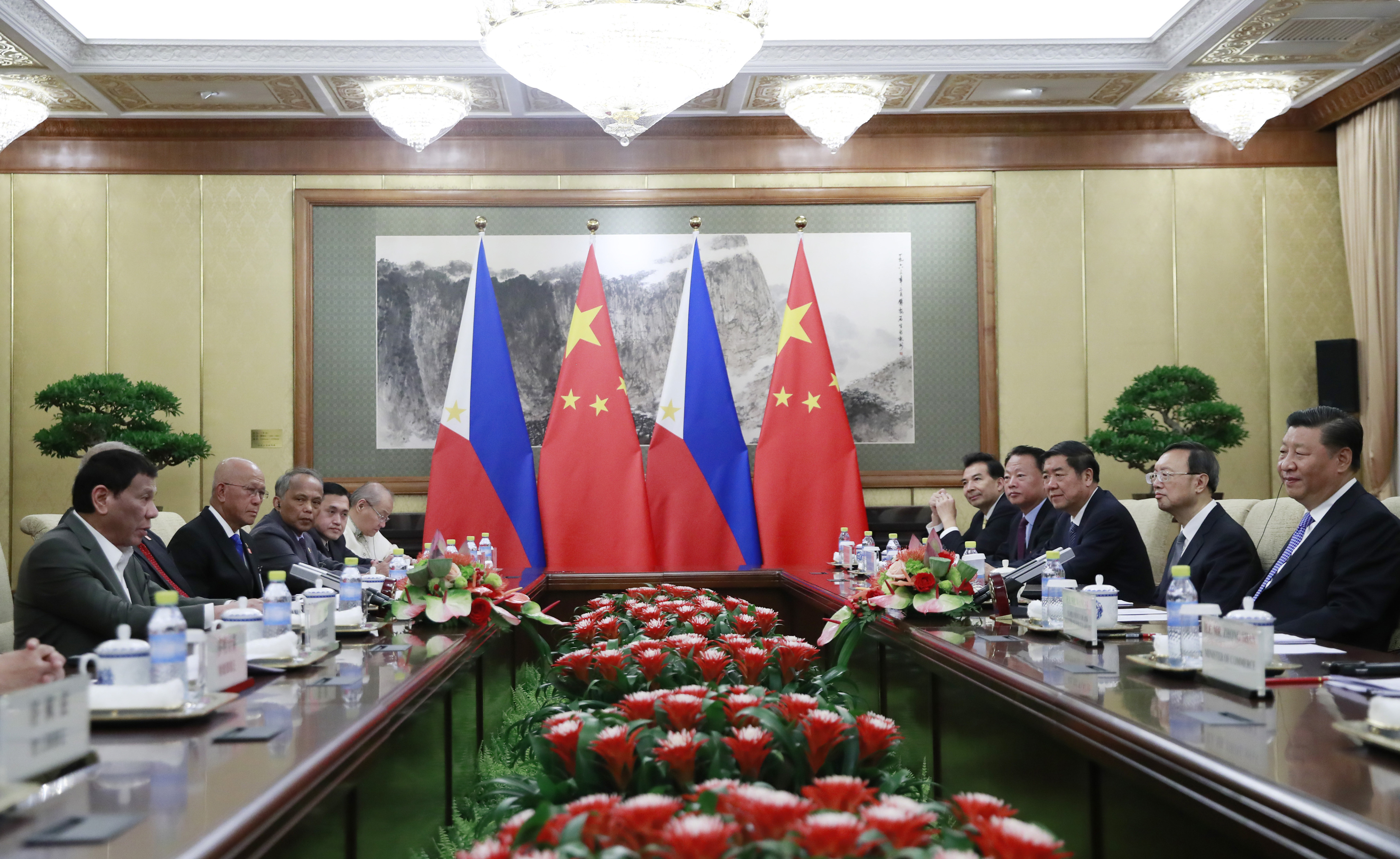 China tells Philippines it wont recognize ruling on sea row