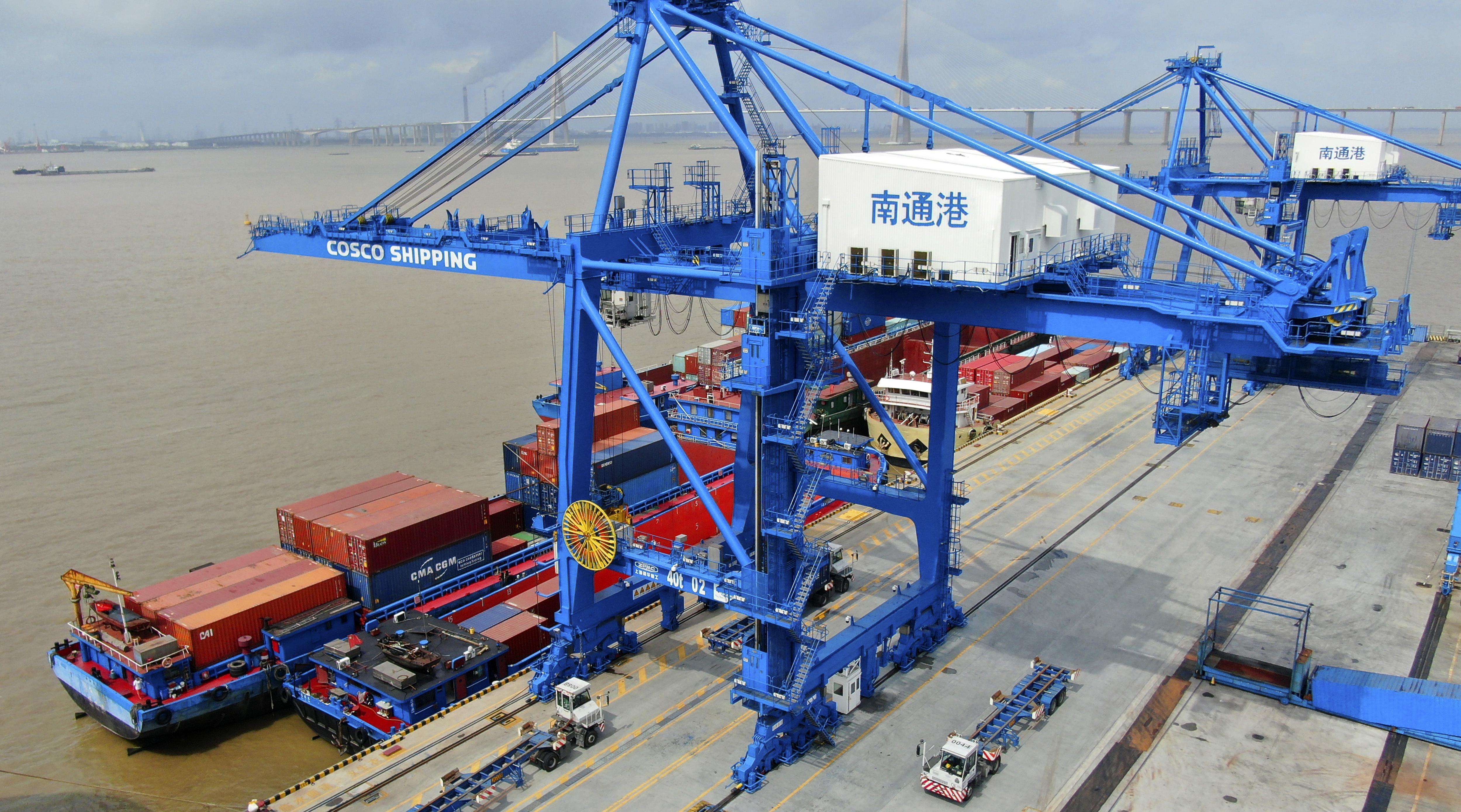 China wants trade talks but if US wants fight it will fight