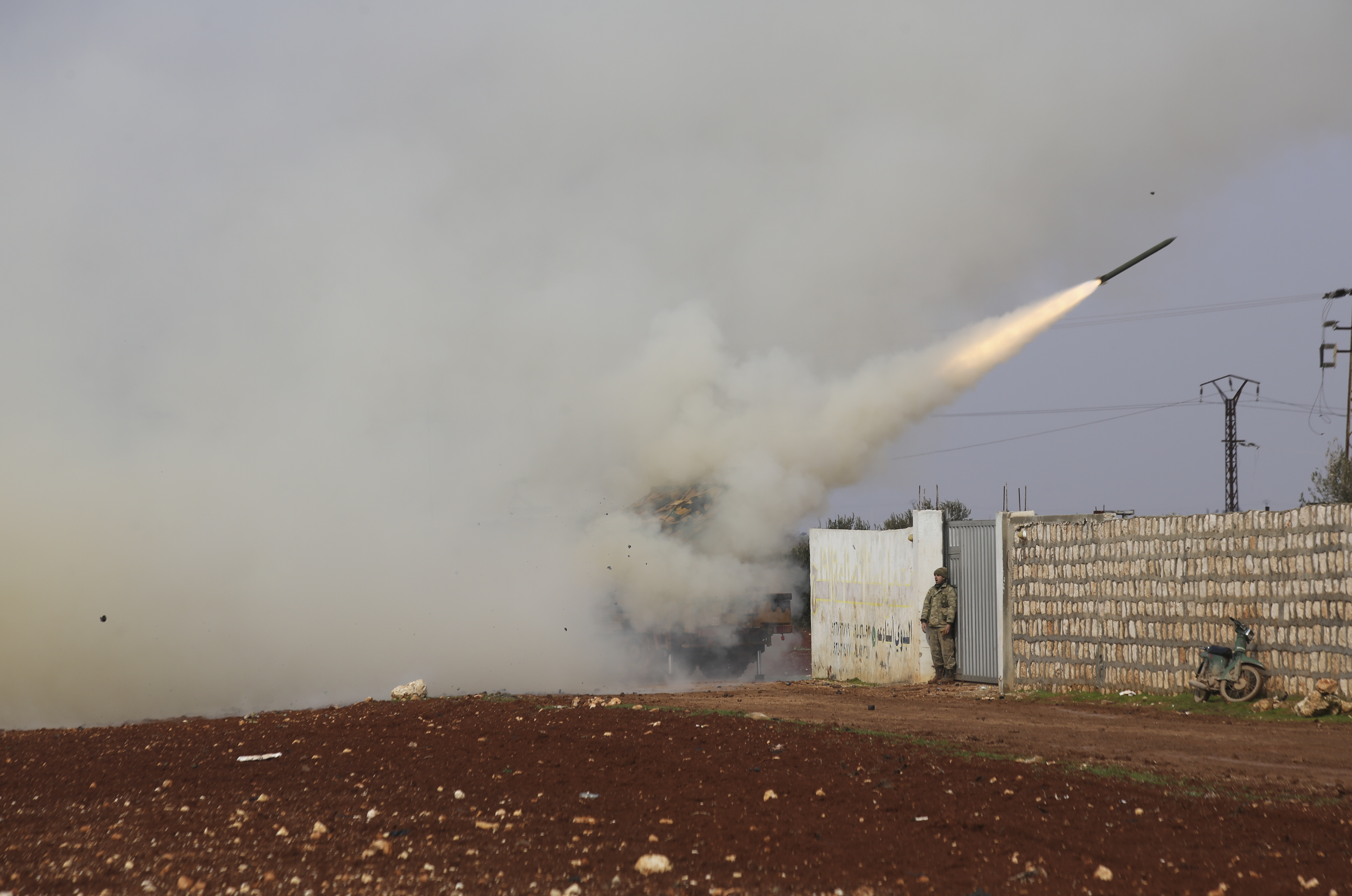 Syrian war pulls in major foreign actors, increasing tension