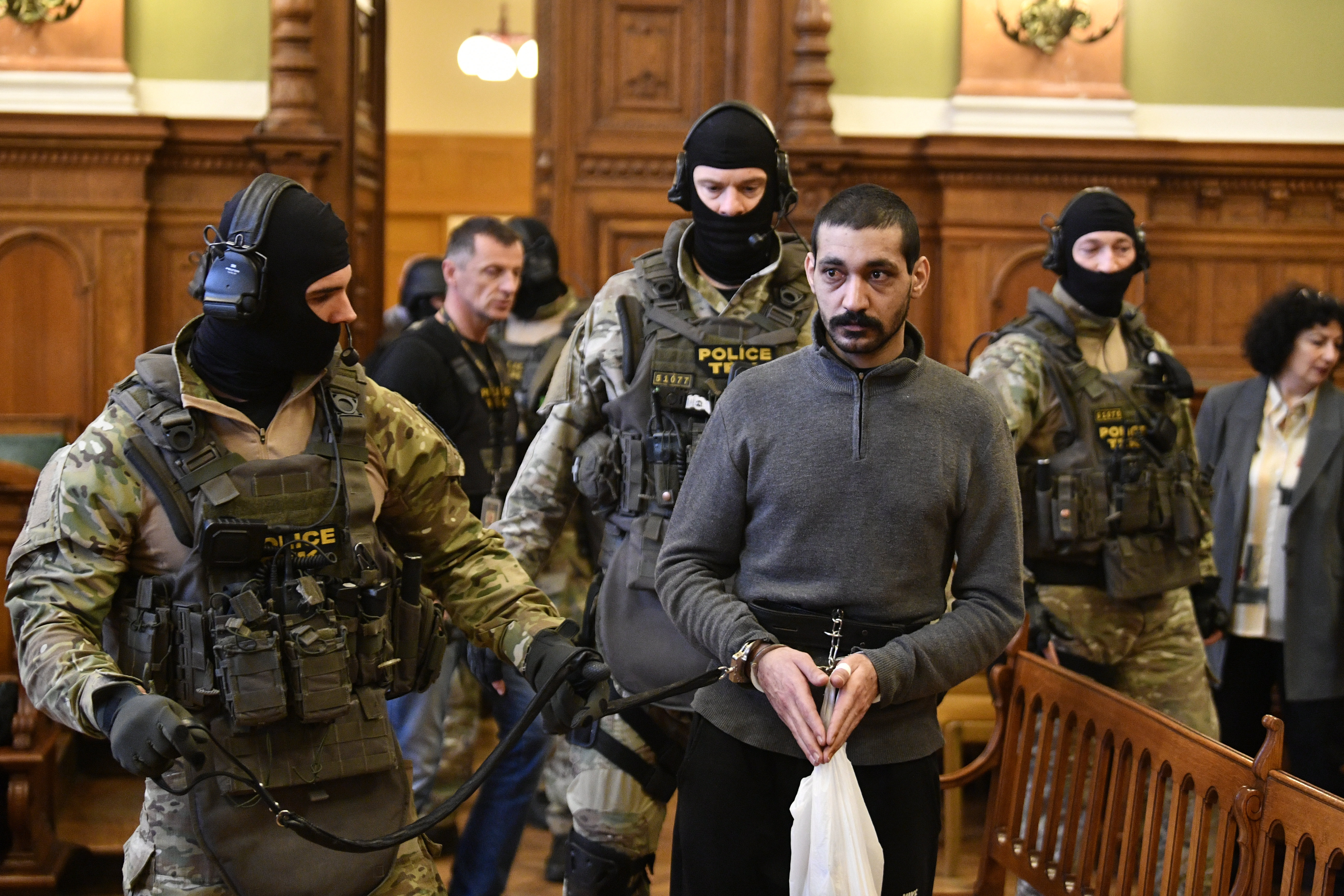 Syrian suspected of IS killings denies charges in Hungary