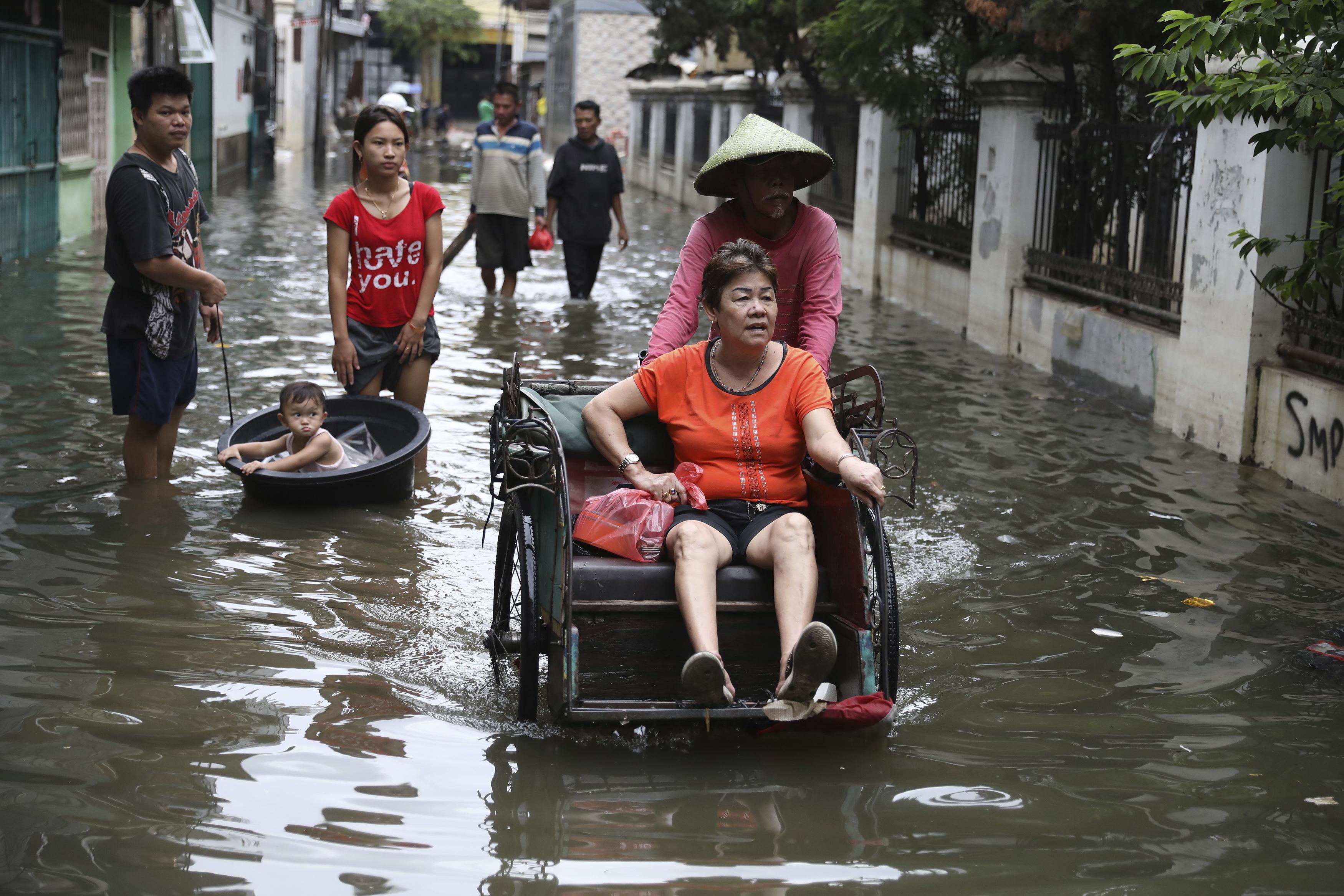 53 dead in landslides, flash floods in Indonesias capital