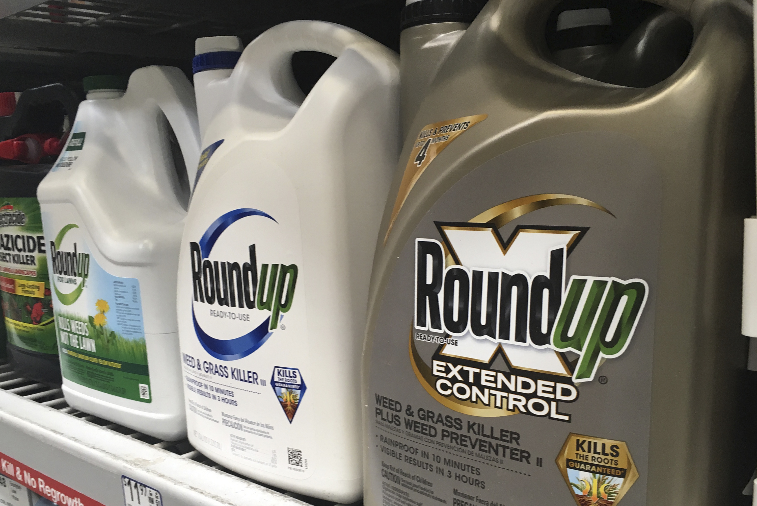 EPA wont approve warning labels for Roundup chemical