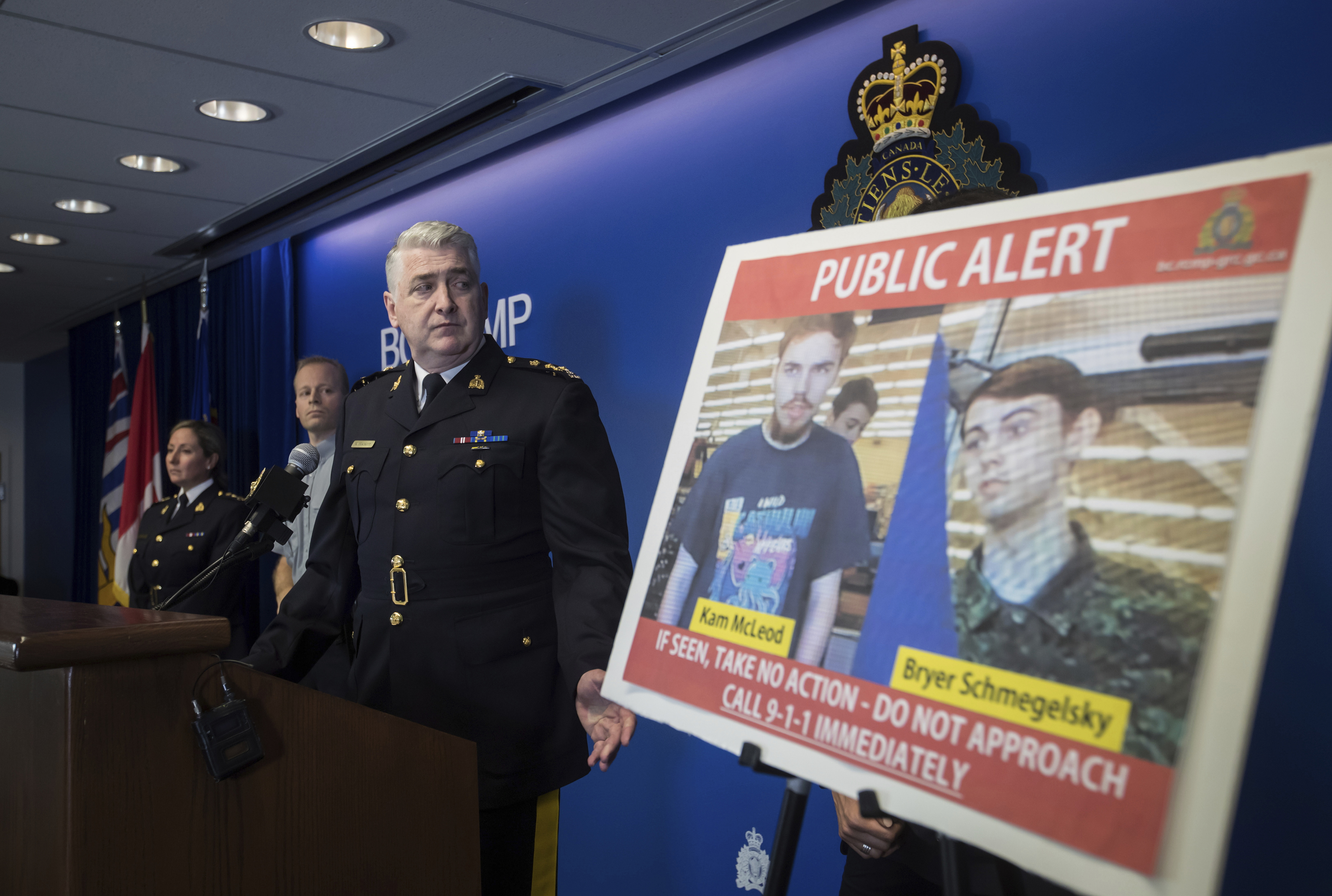 Canadian police confirm sightings of murder suspects
