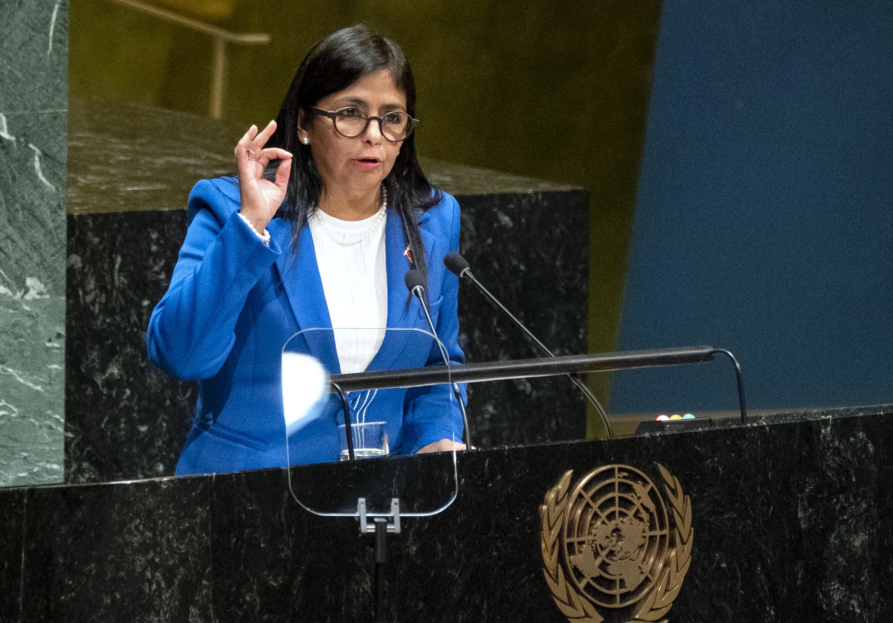 Venezuela VP condemns countries that shunned Maduro