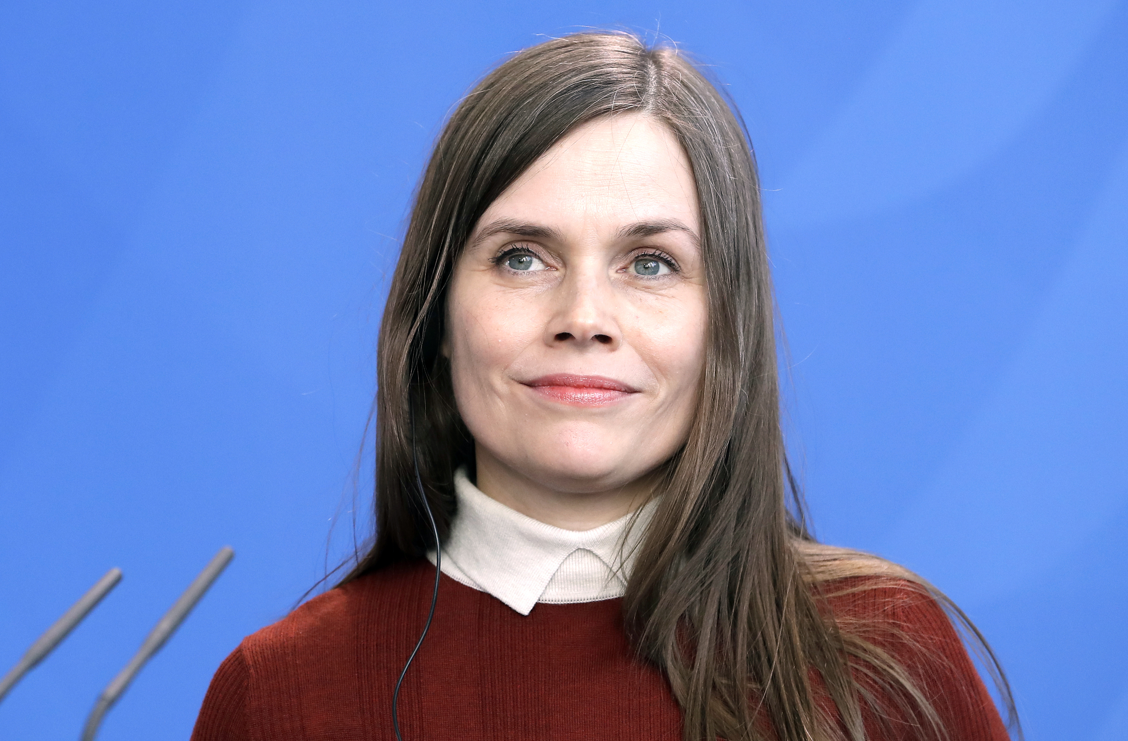 Icelands leader wont be around to welcome Pence