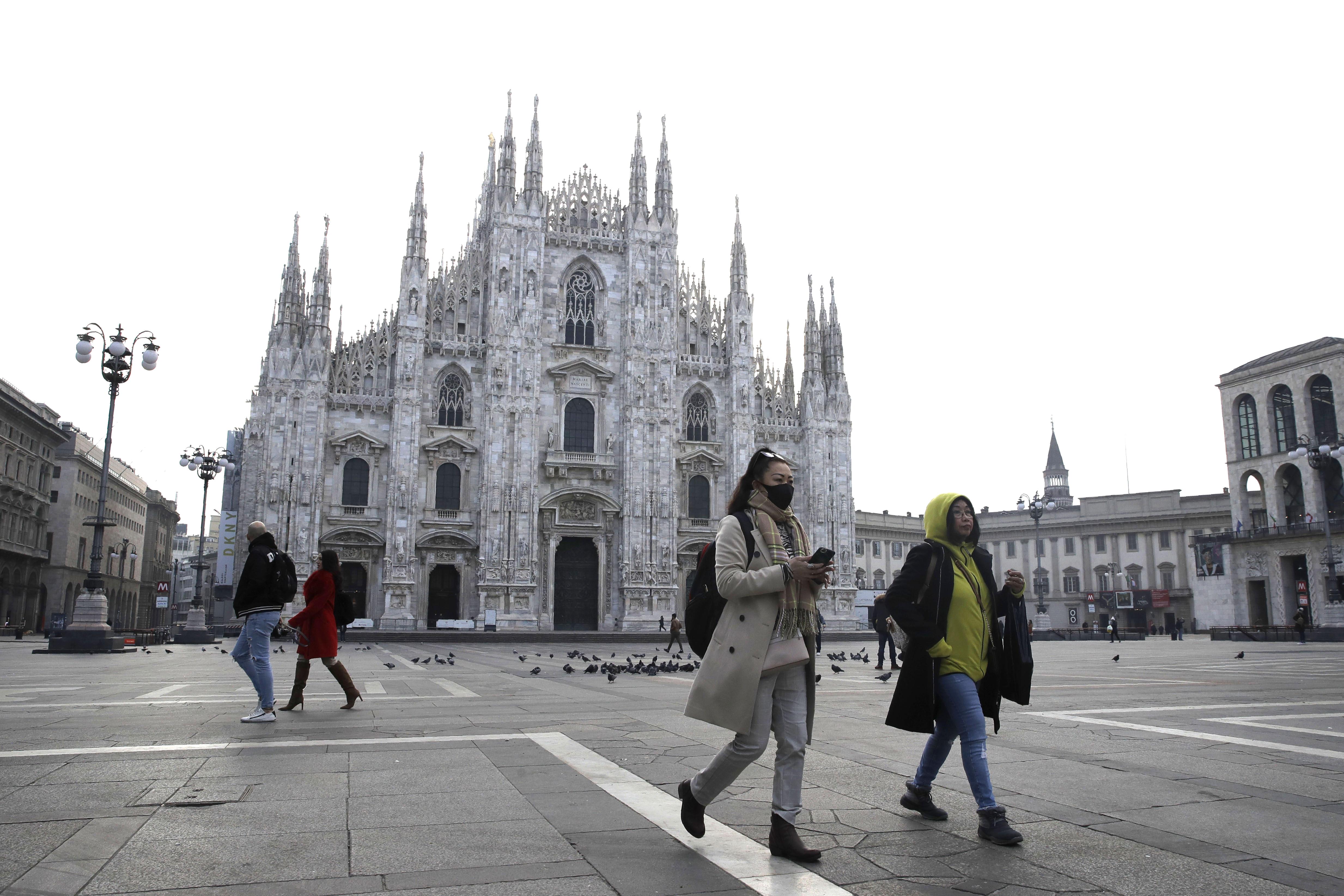 Italy cancels Venice carnival in bid to halt spread of virus