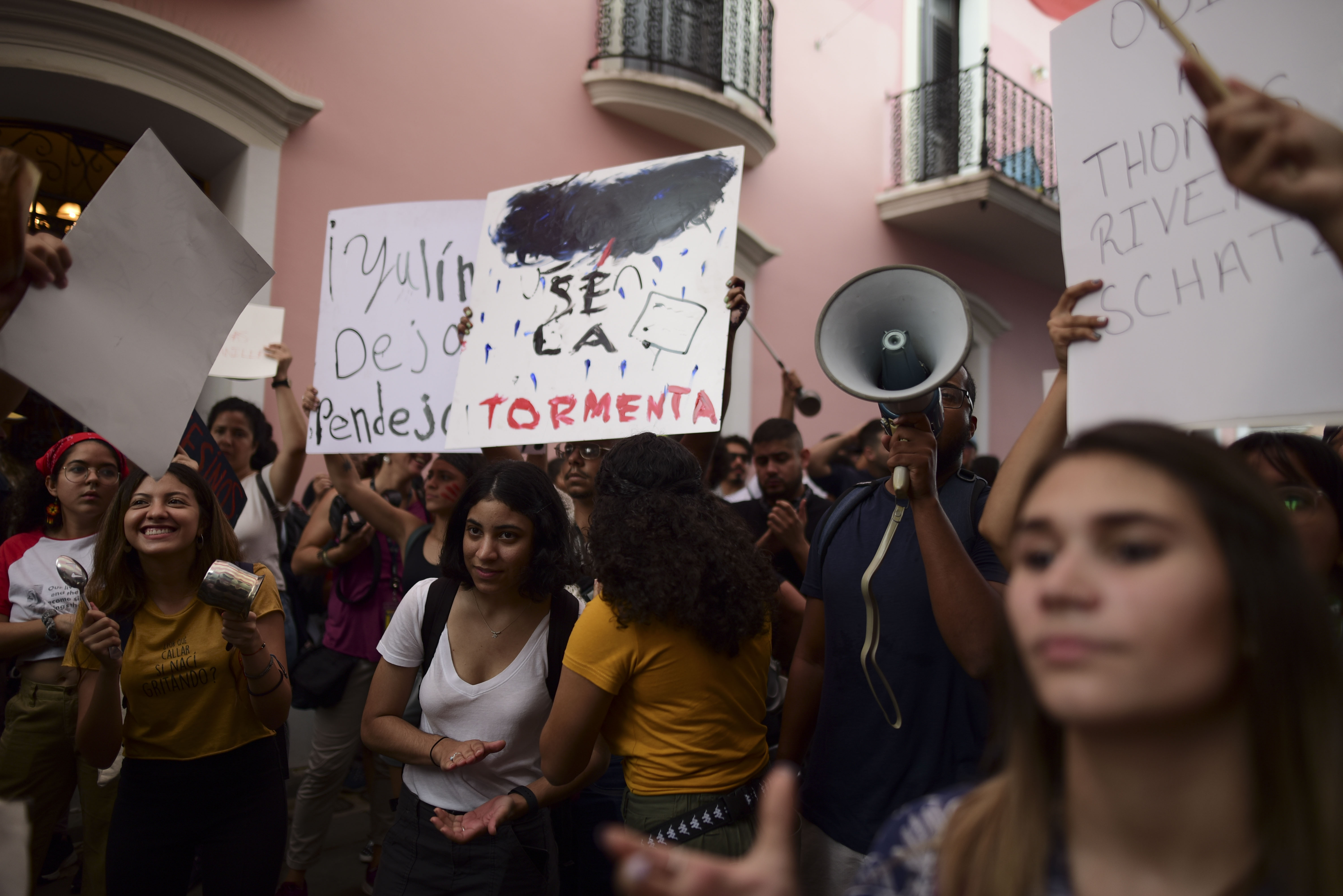 Puerto Rico protesters demand governors resignation