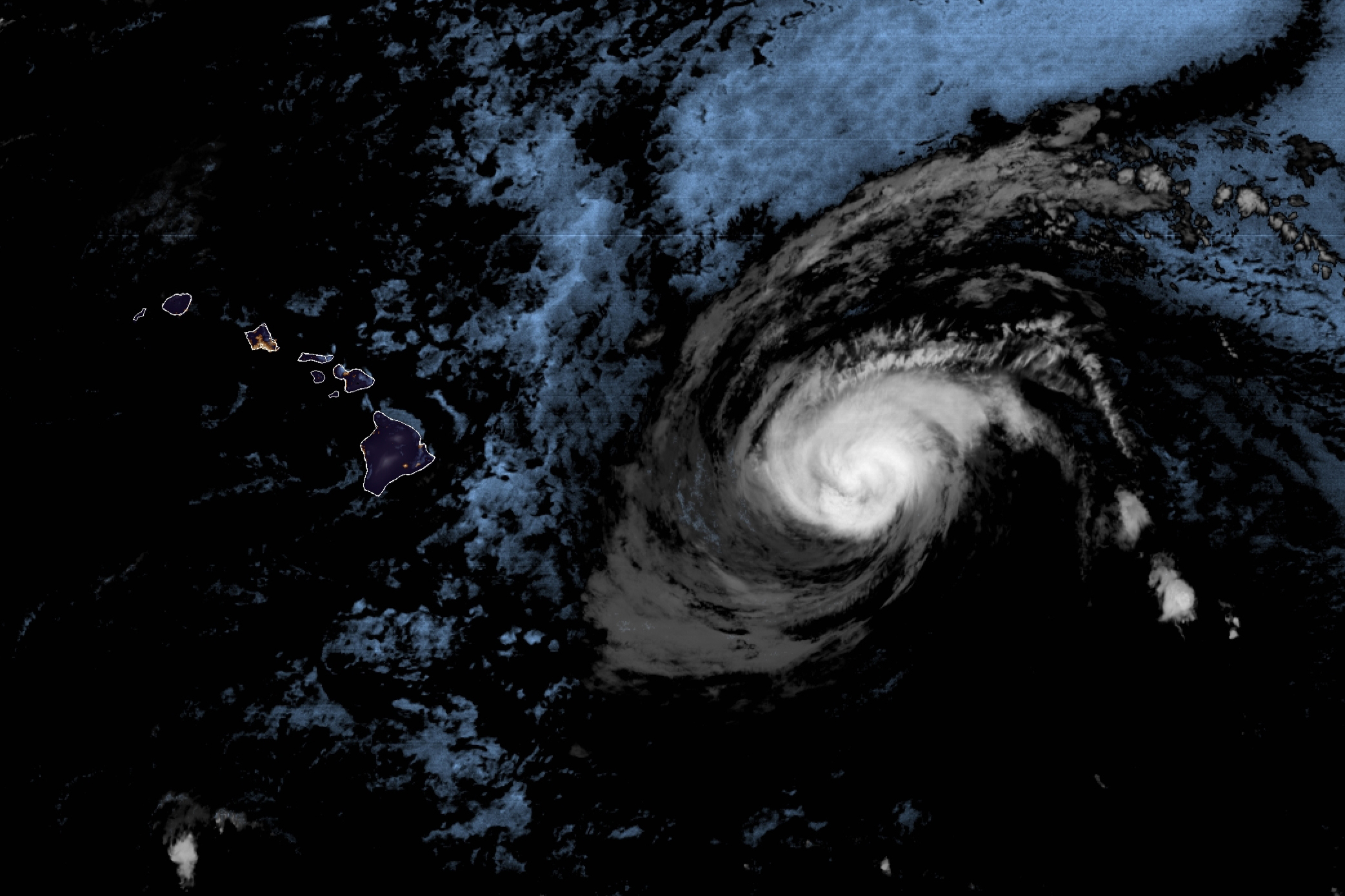 Douglas weakens, but Hawaii could still see severe impact