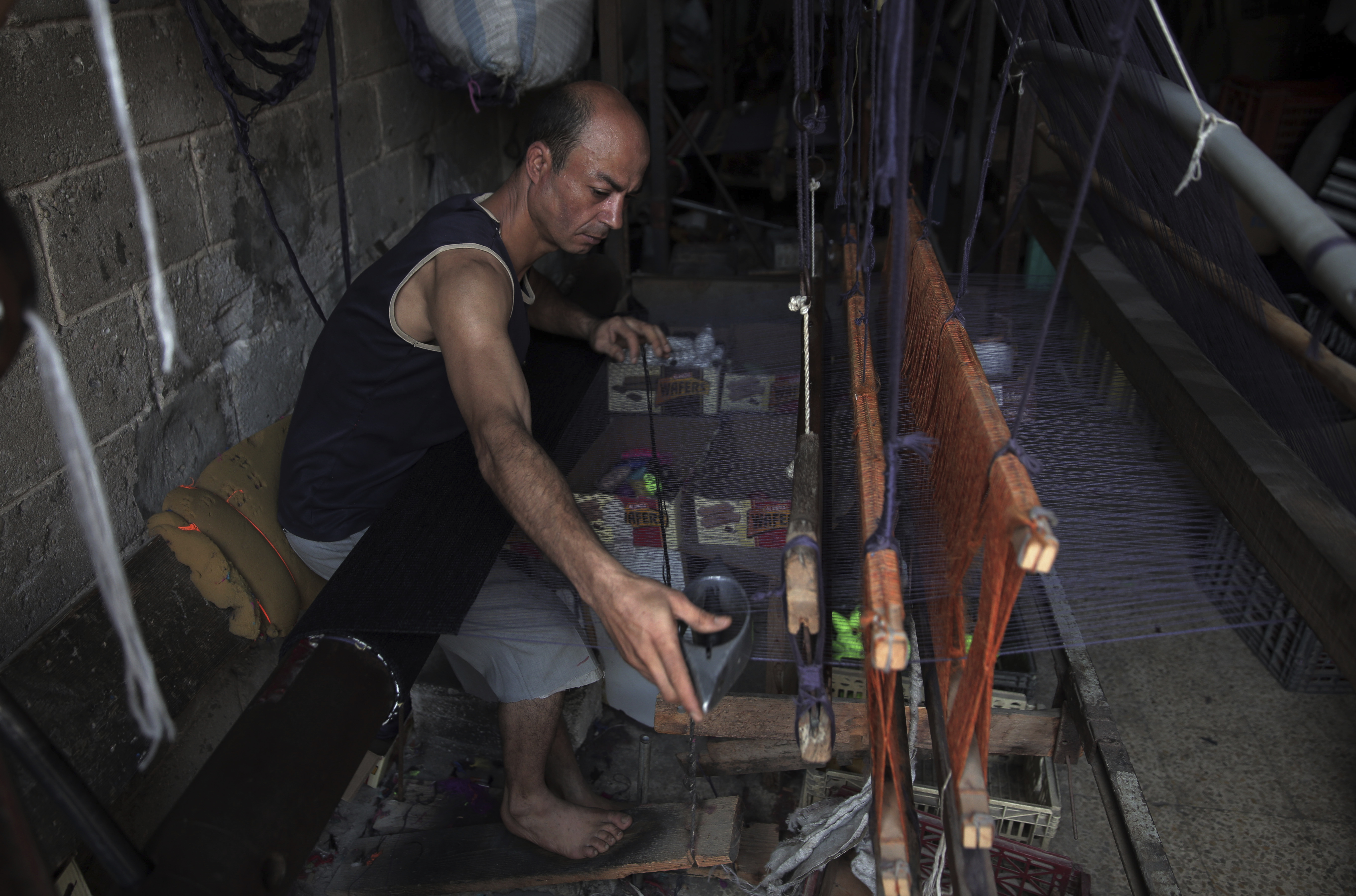 Gazas traditional crafts industries rapidly disappearing