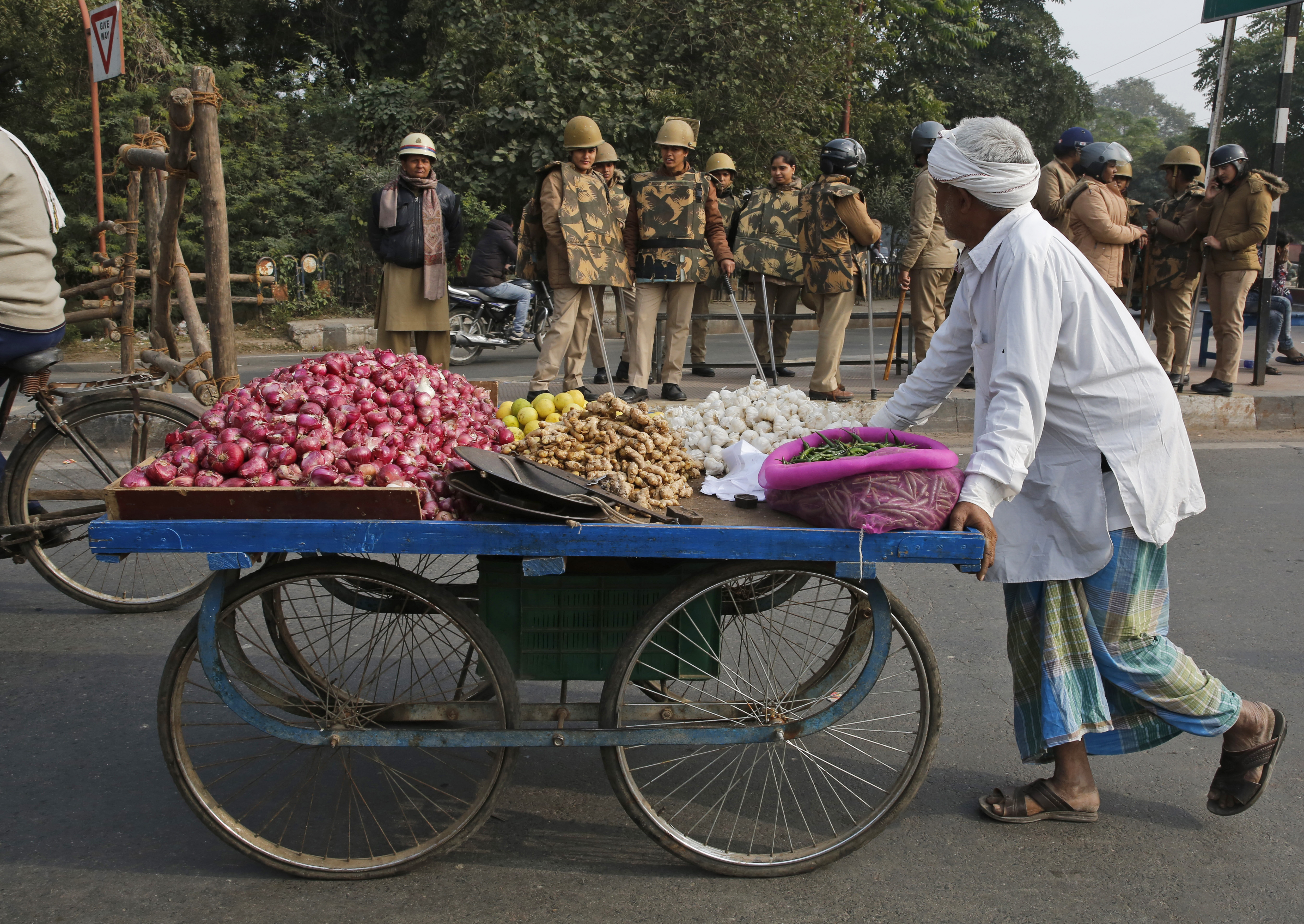 India clamps down on marches, internet after deadly protests