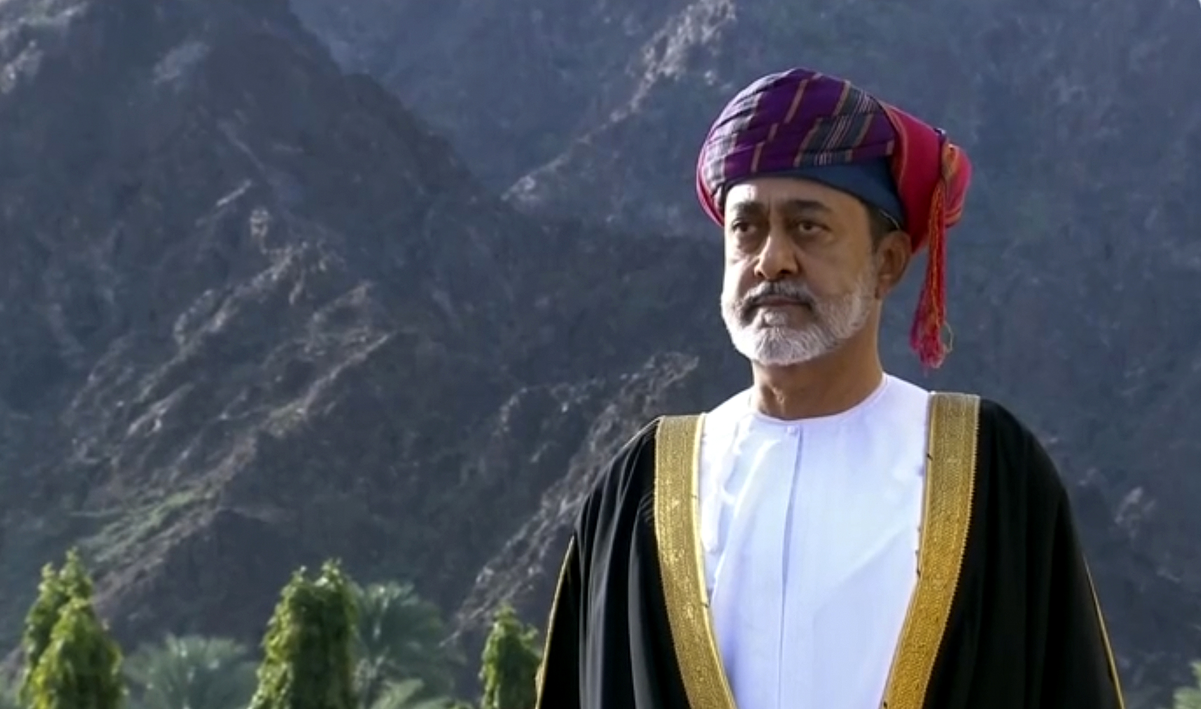 World leaders travel to Oman to meet its newly named sultan