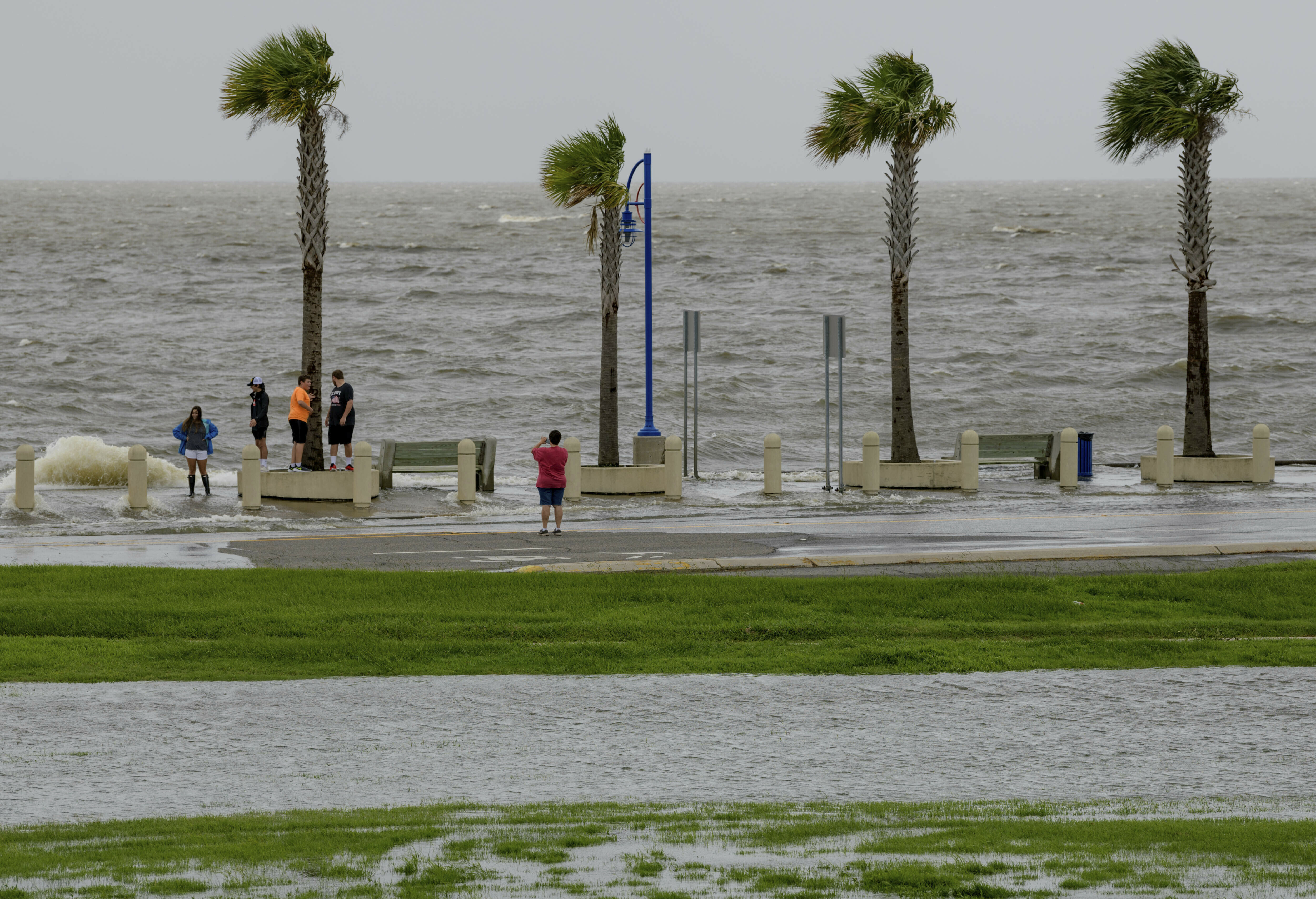 The Latest: Mississippi River wont be as high as feared