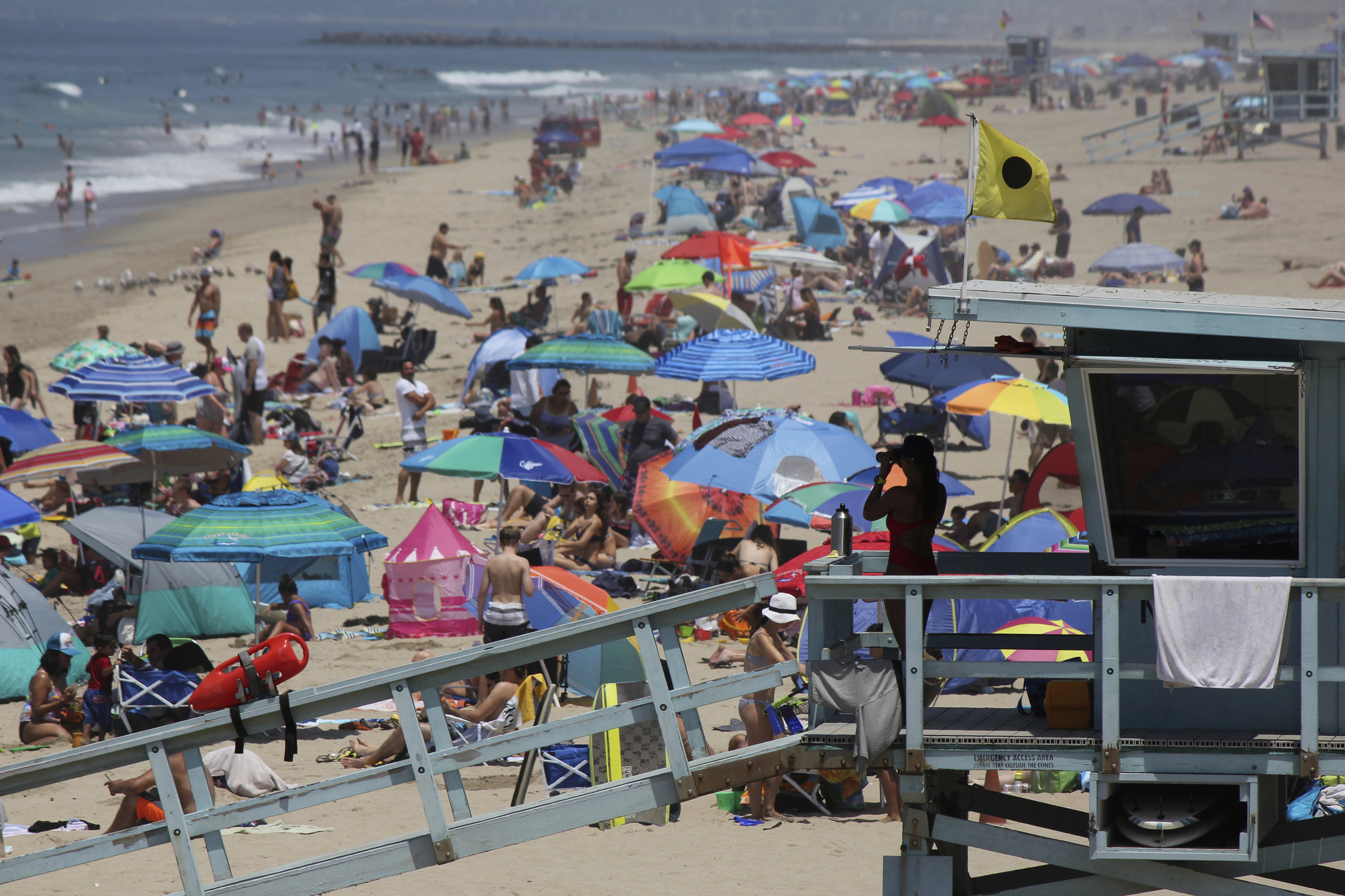 California still most populous, but stalls at 39.9 million