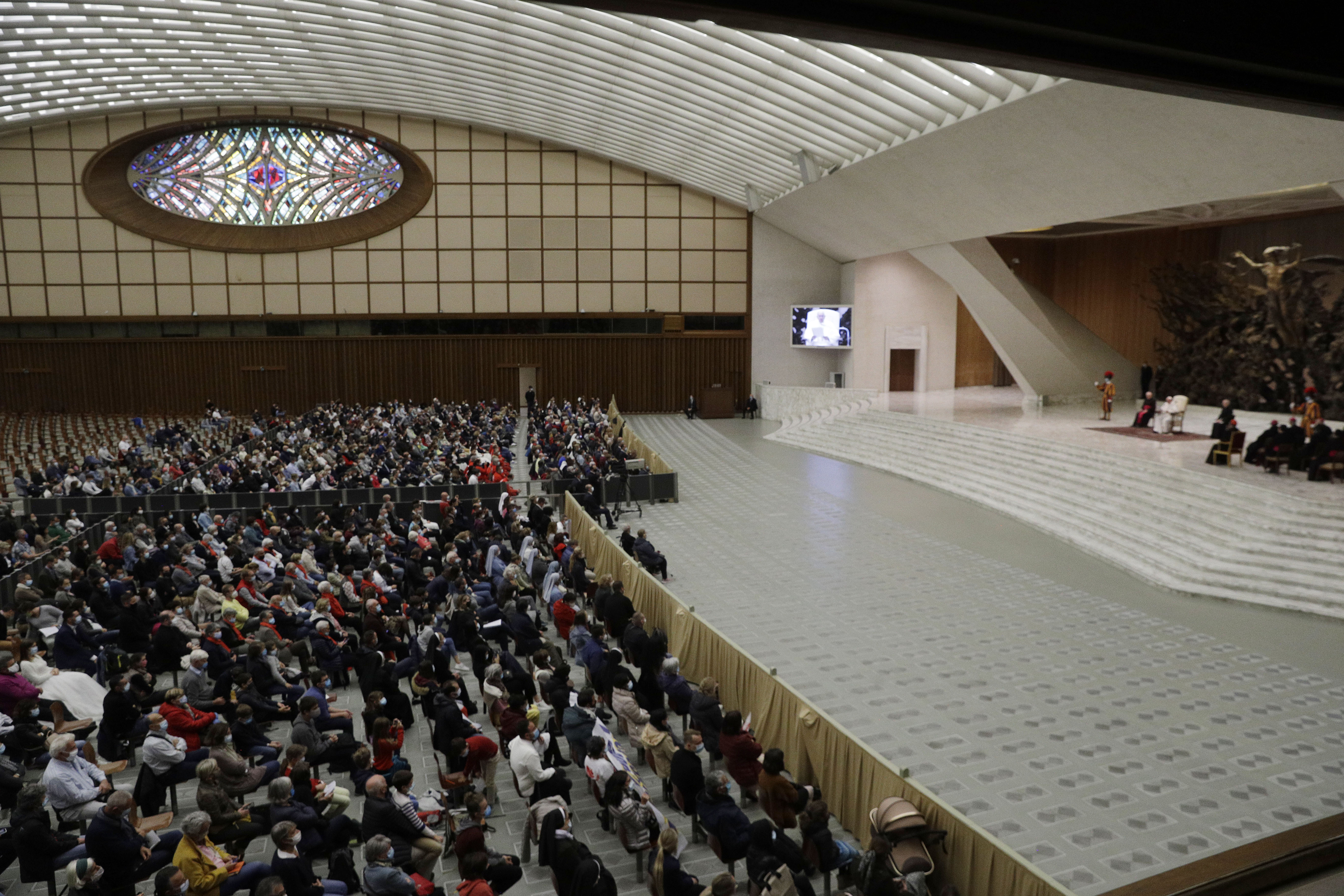 Pope ends public audiences, eyes Christmas as virus surges