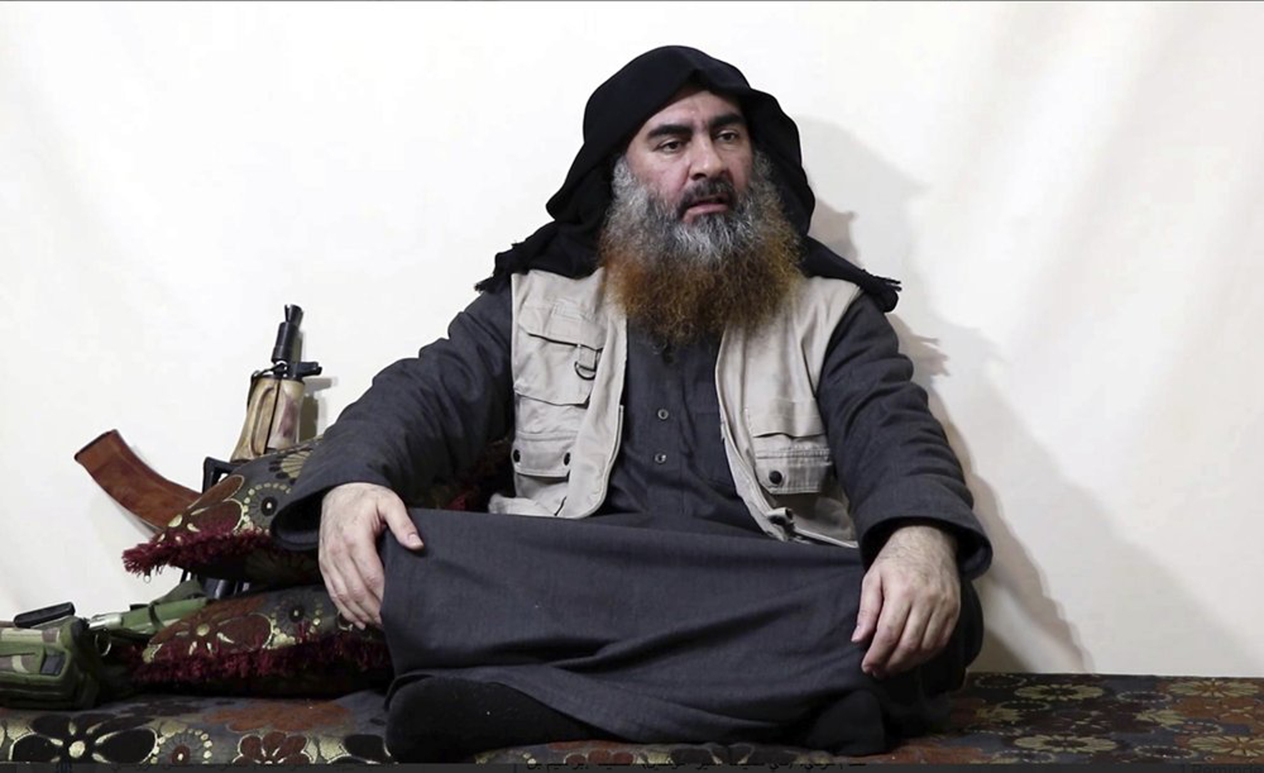 IS leader calls on fighters to free detained comrades