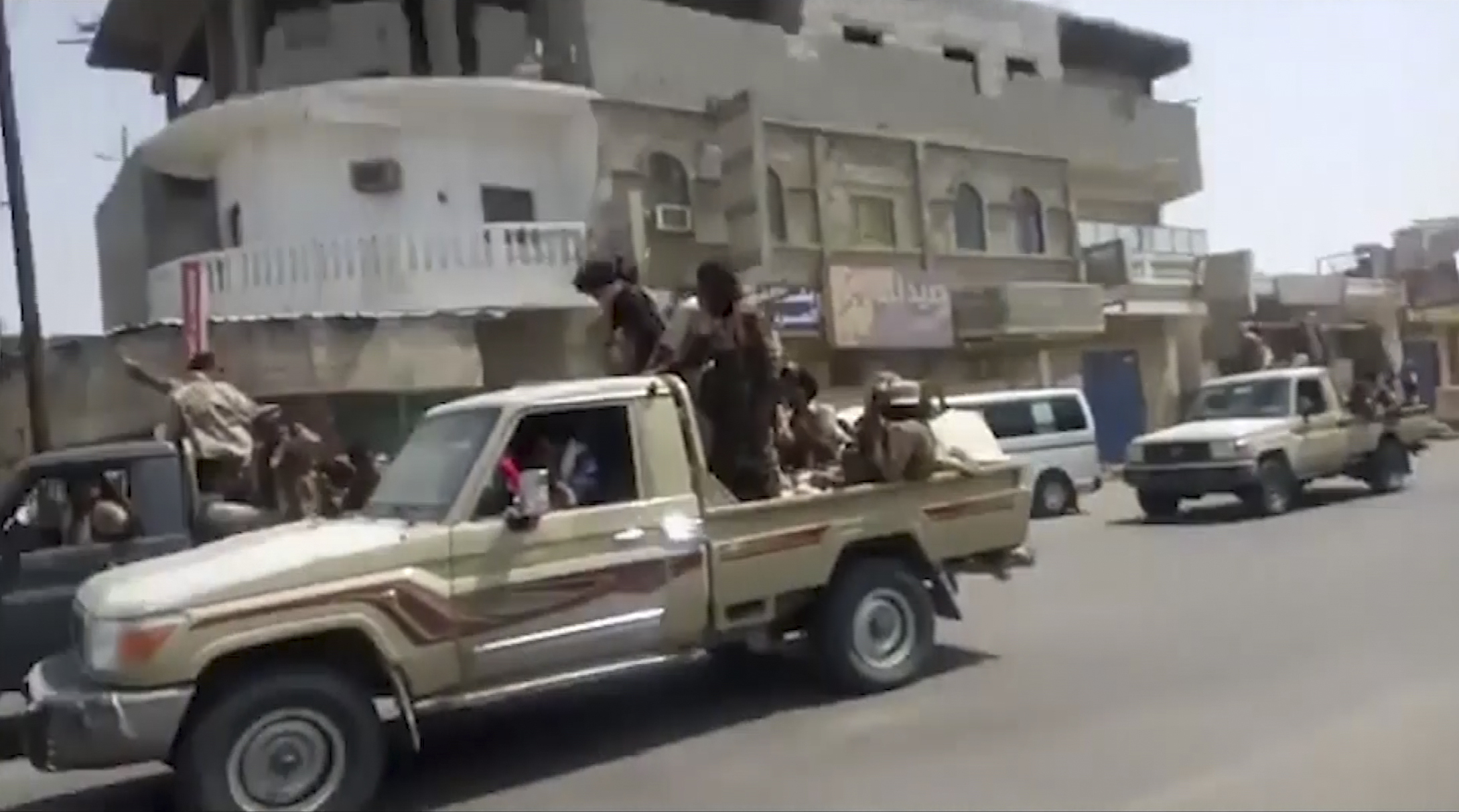 Yemen President urges end of UAE strikes, fears secession