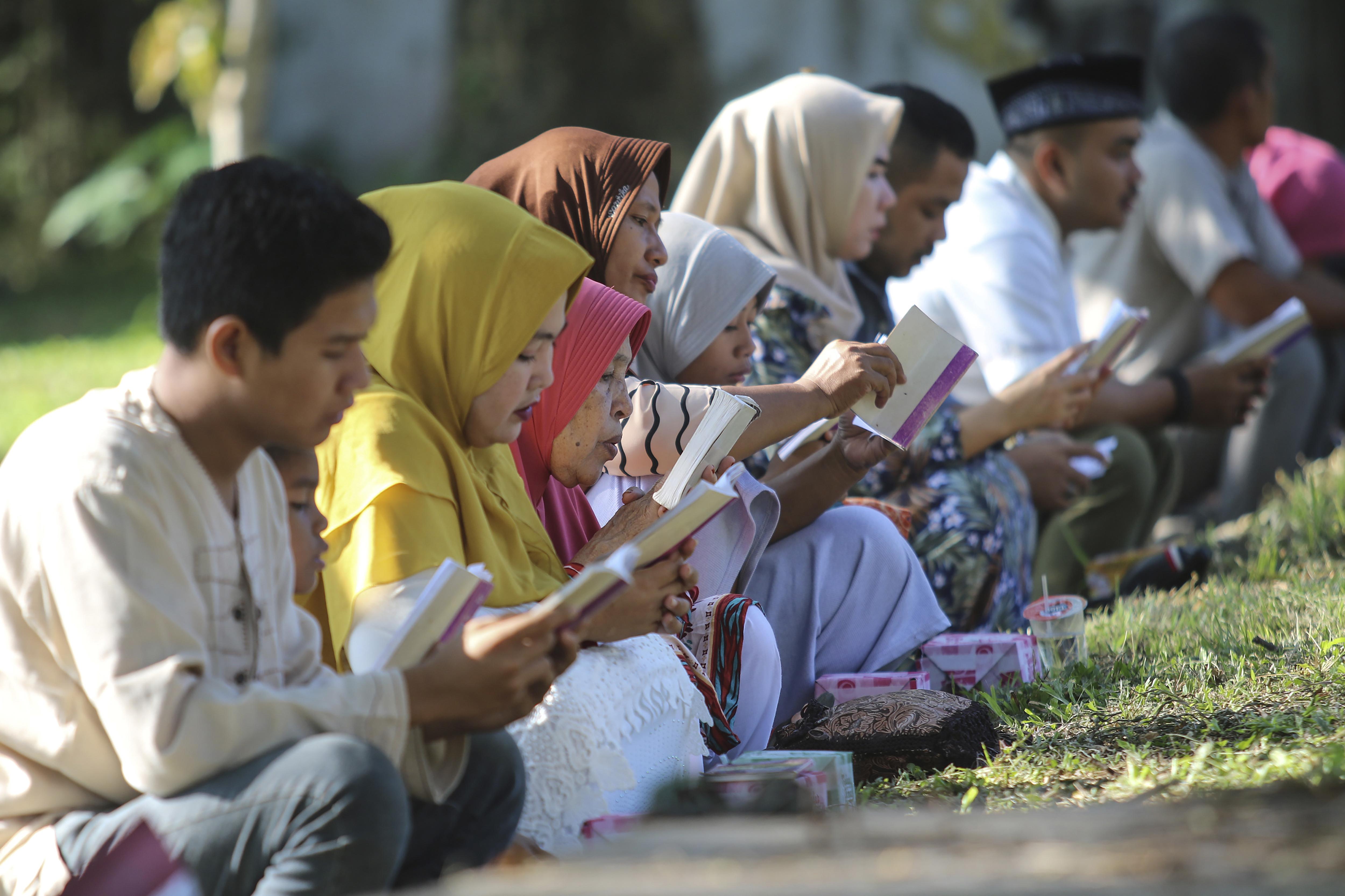 Indonesia, Thailand mark 15th anniversary of massive tsunami