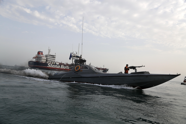France seeks European surveillance to secure Gulf traffic
