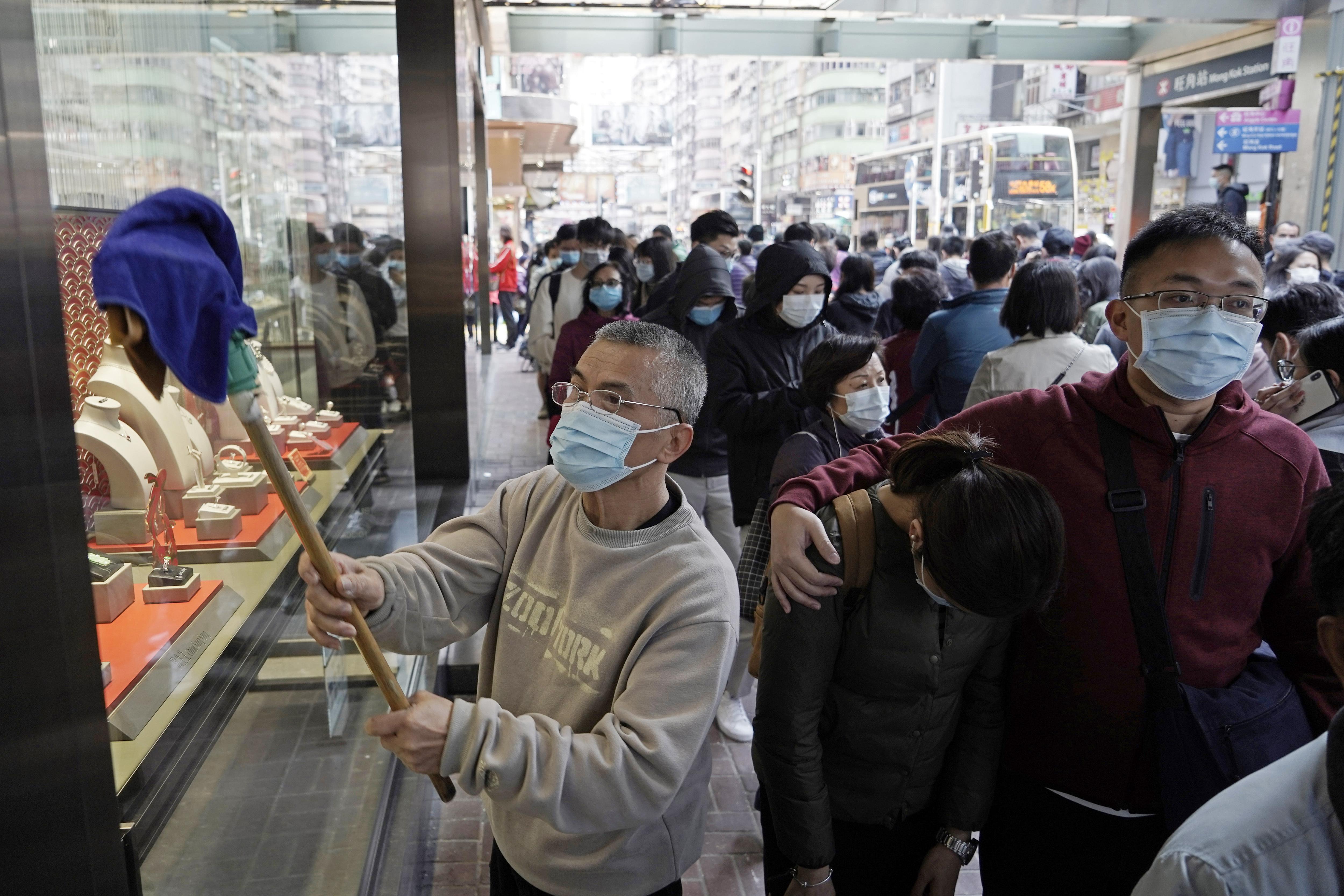 Hong Kong union calls strike to demand China border closure