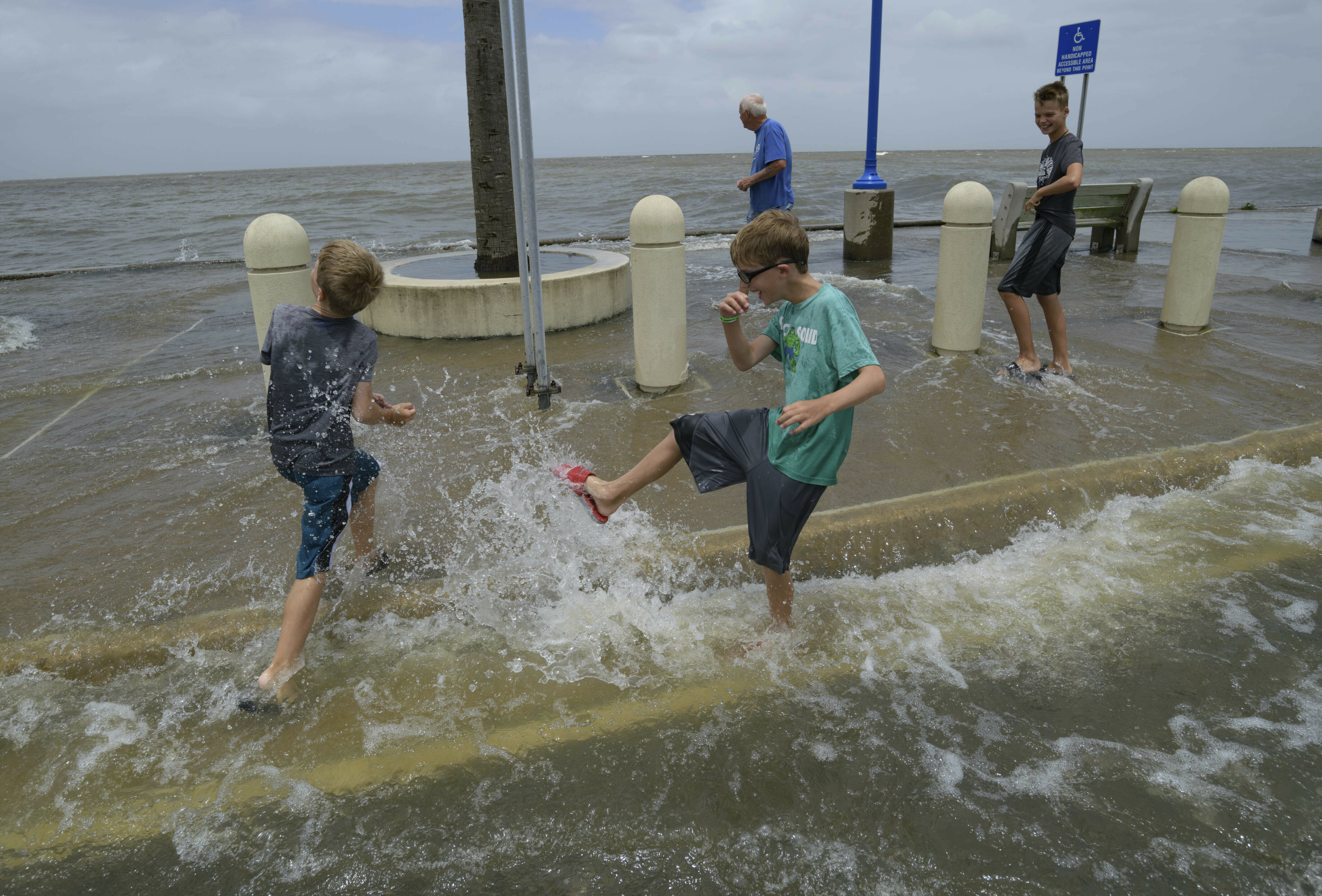 Its powerful: Tropical storm starts lashing Louisiana