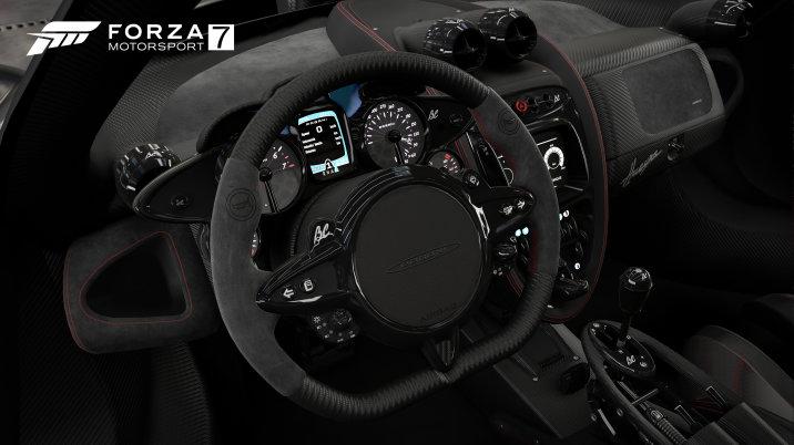 Pagani Huayra interior in Forza Motorsport 7