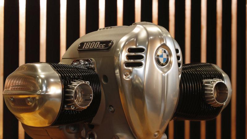 R 18 Engine
