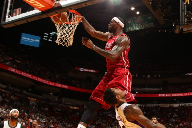 LeBron James posterizes Ben McLemore with a vicious dunk (Video)