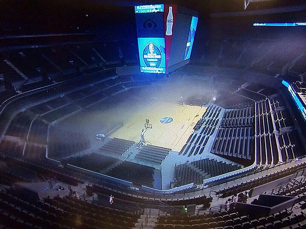 Minnesota and San Antonio's game in Mexico City canceled due to an apparent in-arena fire (Photos)