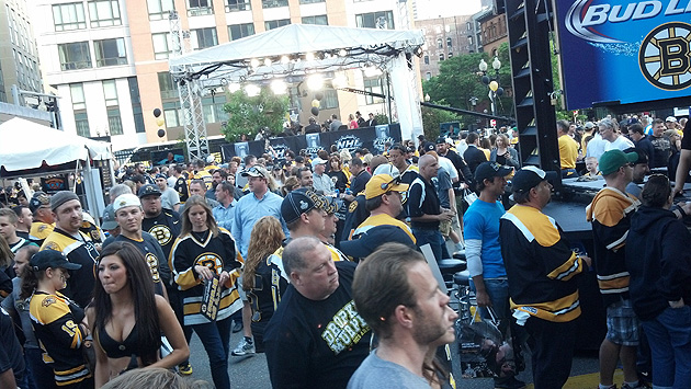Boston Bruins Fan Fest Dunking Blackhawks Personalizing