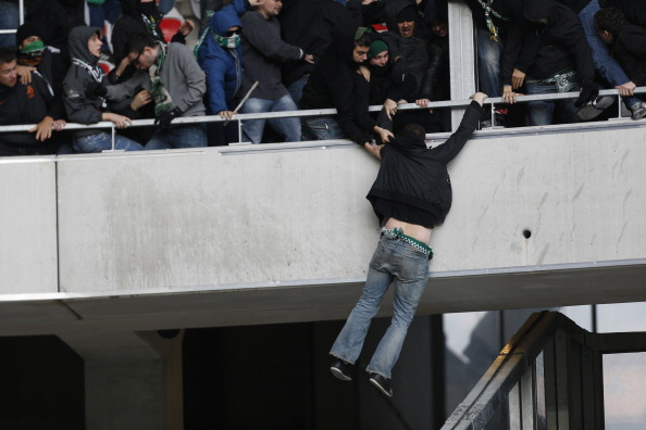 st etienne 39 s fans caused pre match chaos at nice after a bus attack en route to the game video. Black Bedroom Furniture Sets. Home Design Ideas