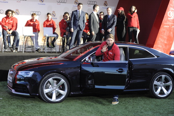 cristiano ronaldo given most valuable car as real madrid players get their annual free audis. Black Bedroom Furniture Sets. Home Design Ideas