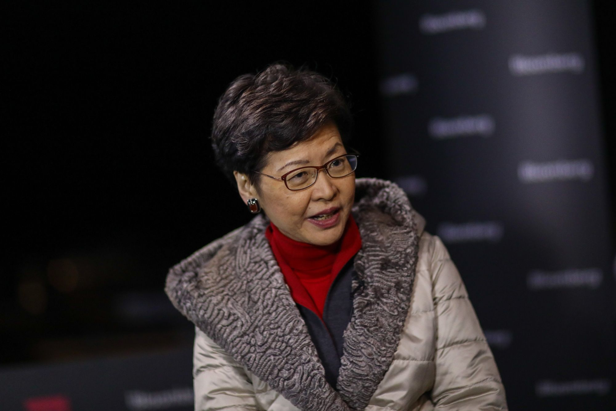 Xi Vowed Not to Turn the Screws on Hong Kong, Carrie Lam Says