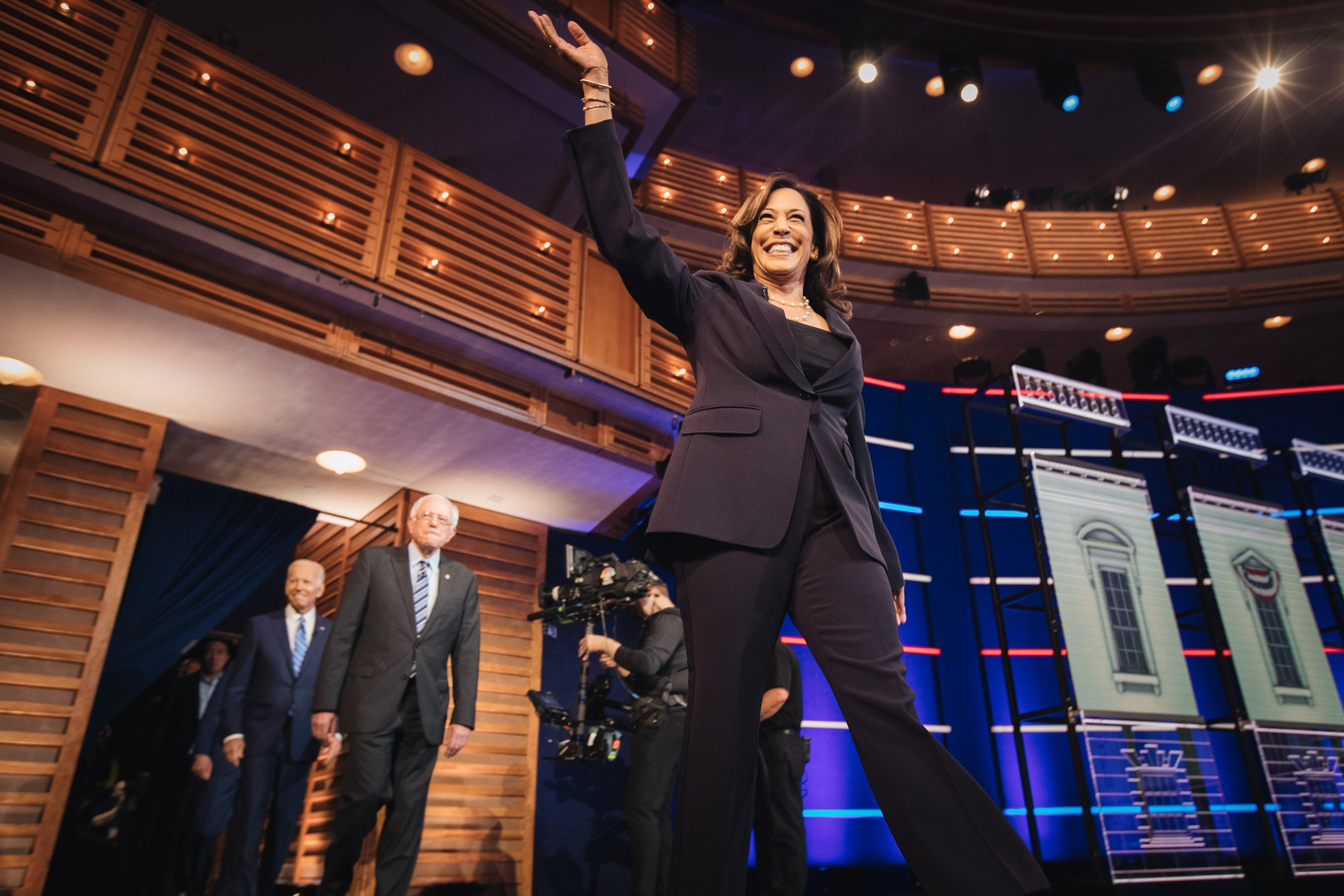 Kamala Harris Stakes Claim as Top 2020 Contender in Clash With Biden