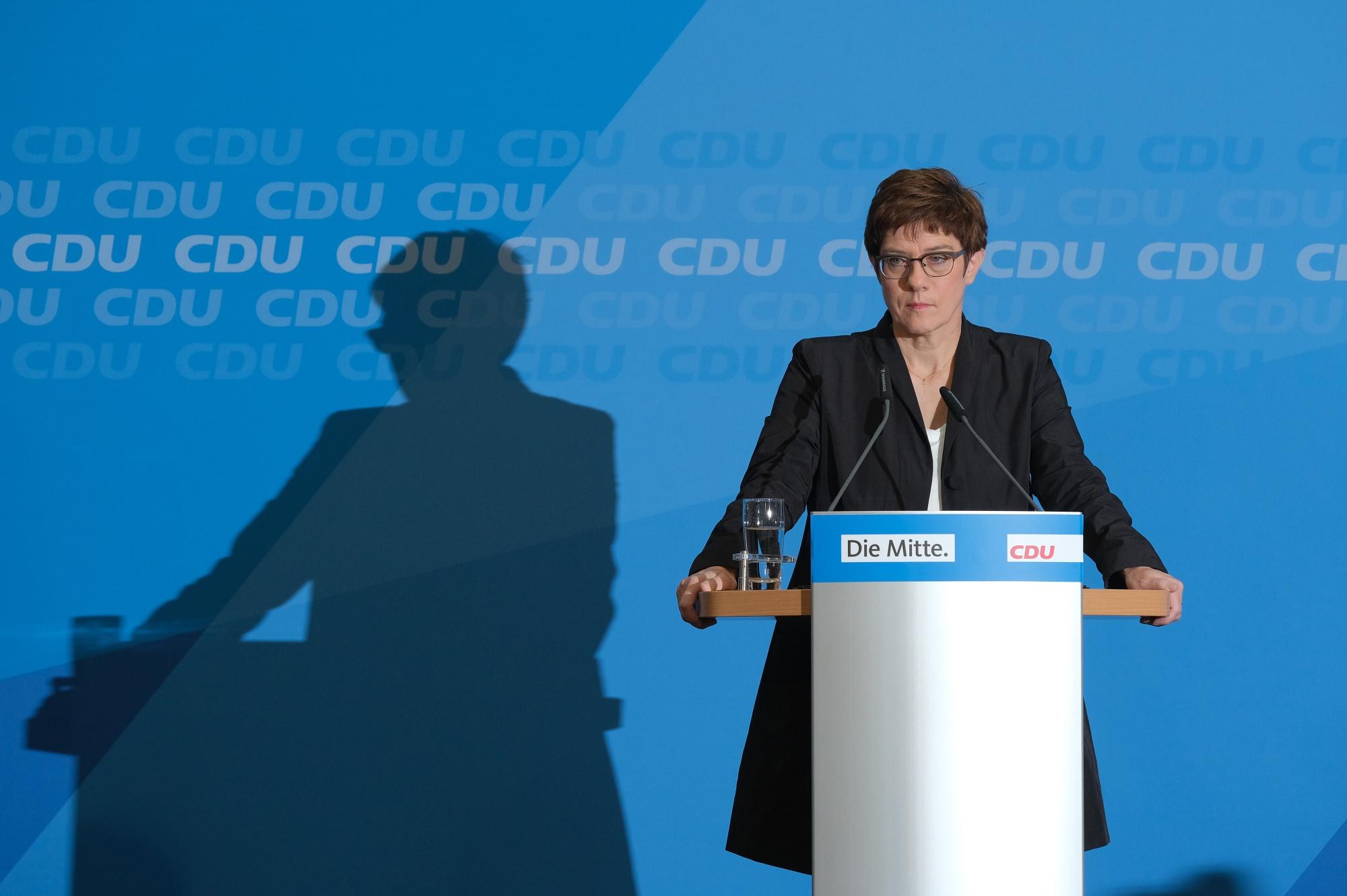 Merkel's Successor Faces Party Revolt Over Bid to Be Chancellor