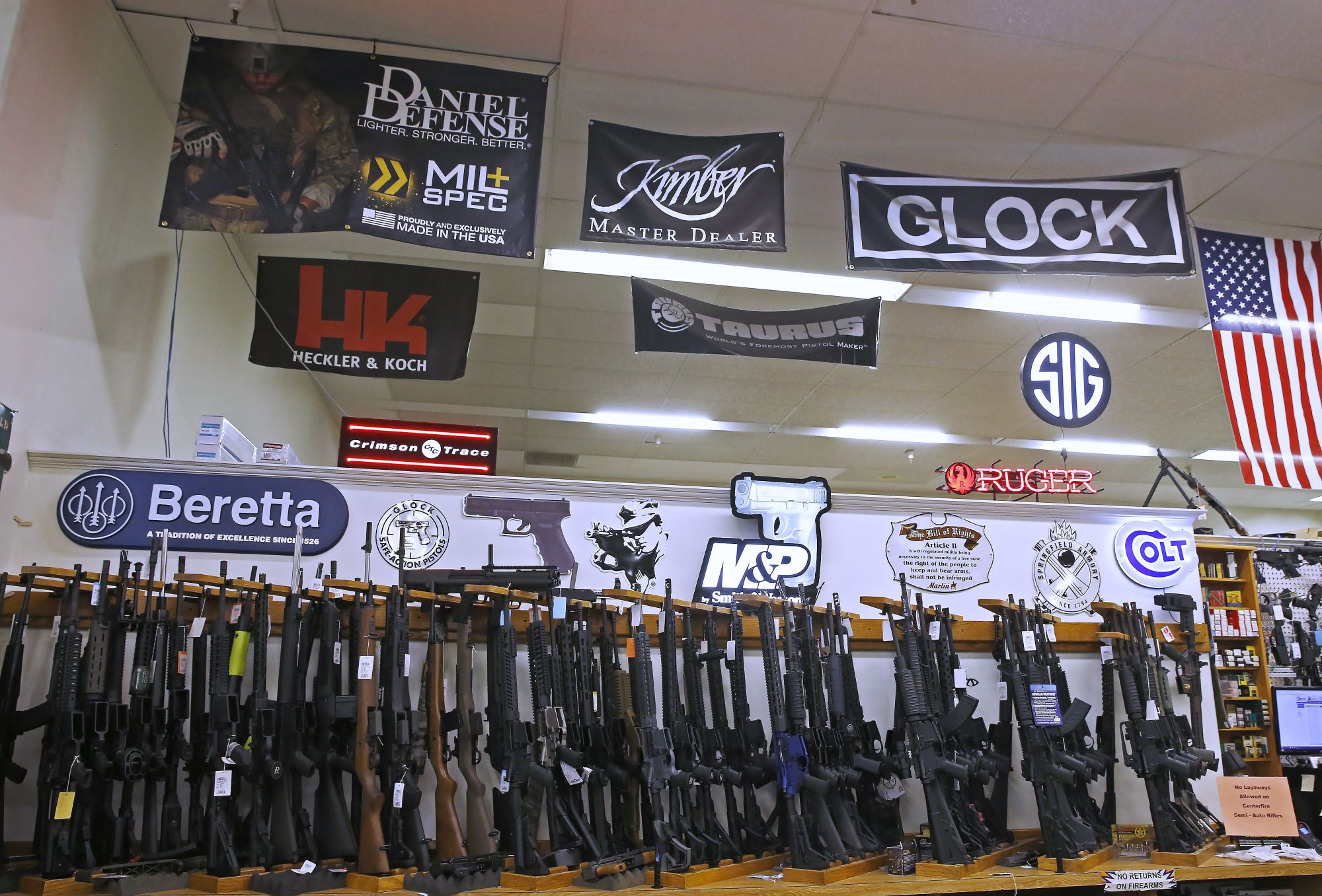 2020 Democrats Warm to Mandatory 'Buybacks' of Assault Weapons