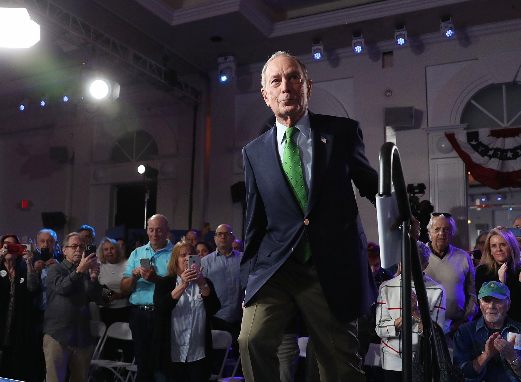 Democratic Debate Rule Change Could Open Stage to Bloomberg